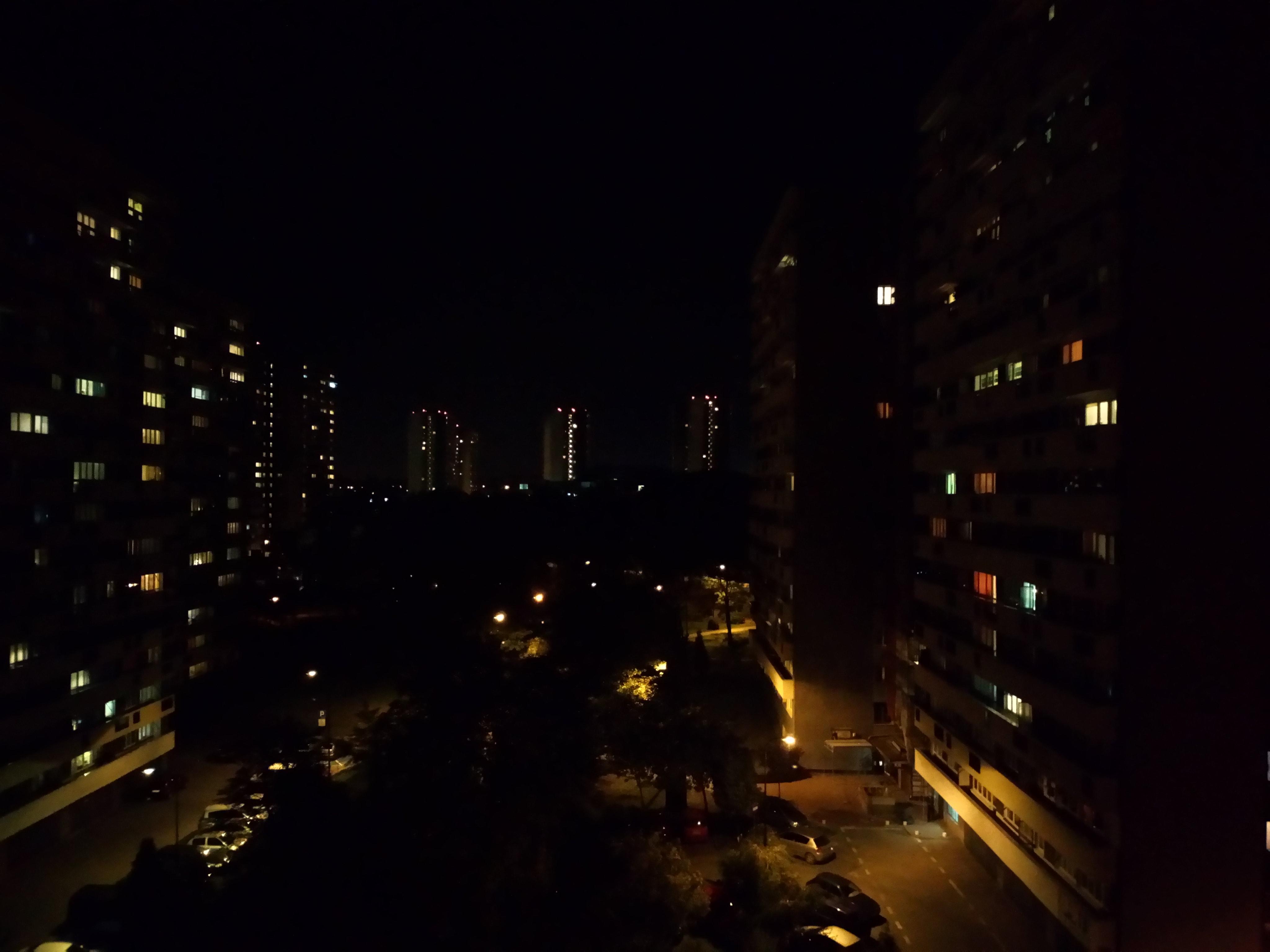 Zdjęcia nocne - Sony Xperia L1
