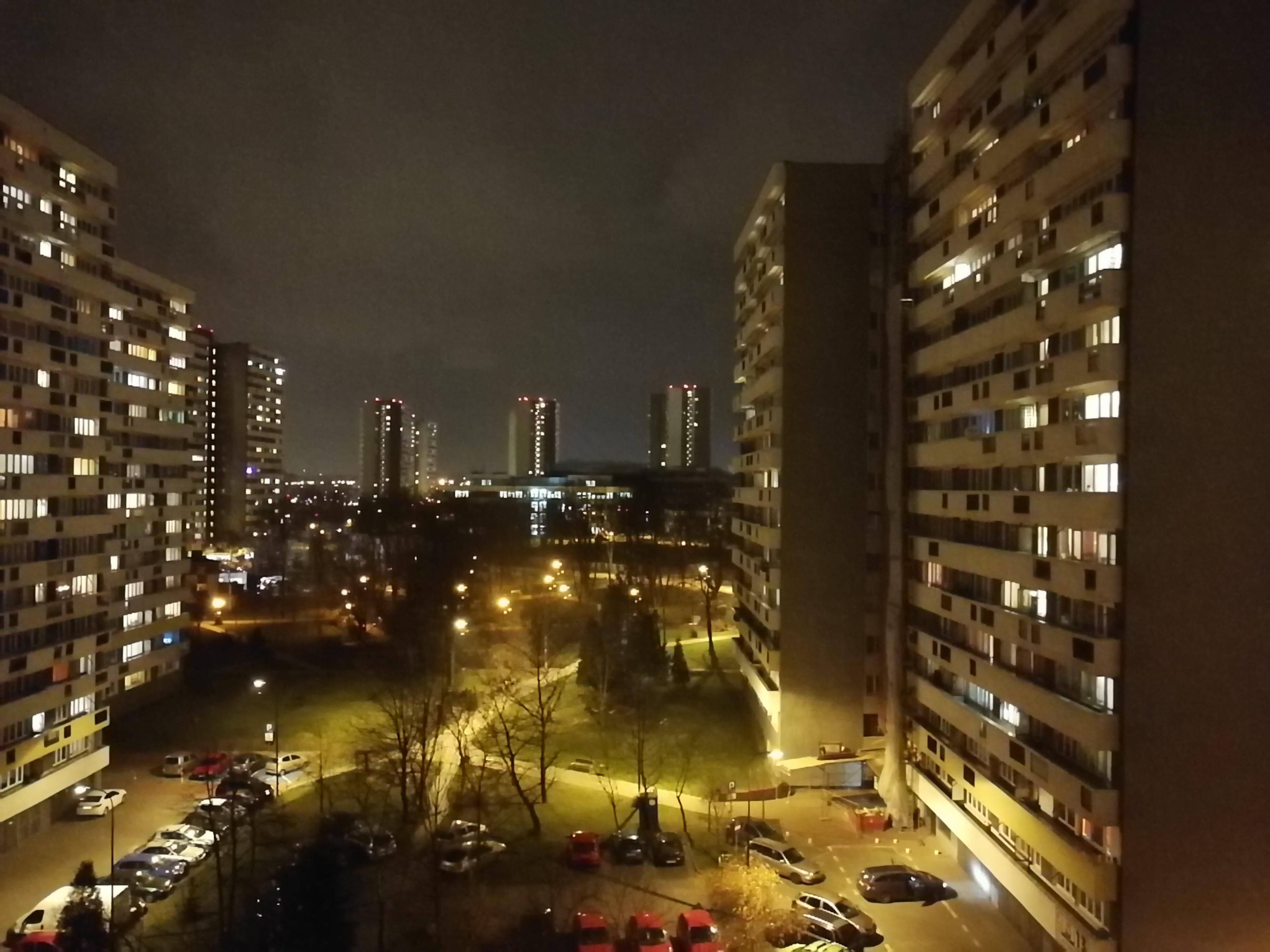 Zdjęcia nocne - Huawei P10 Plus