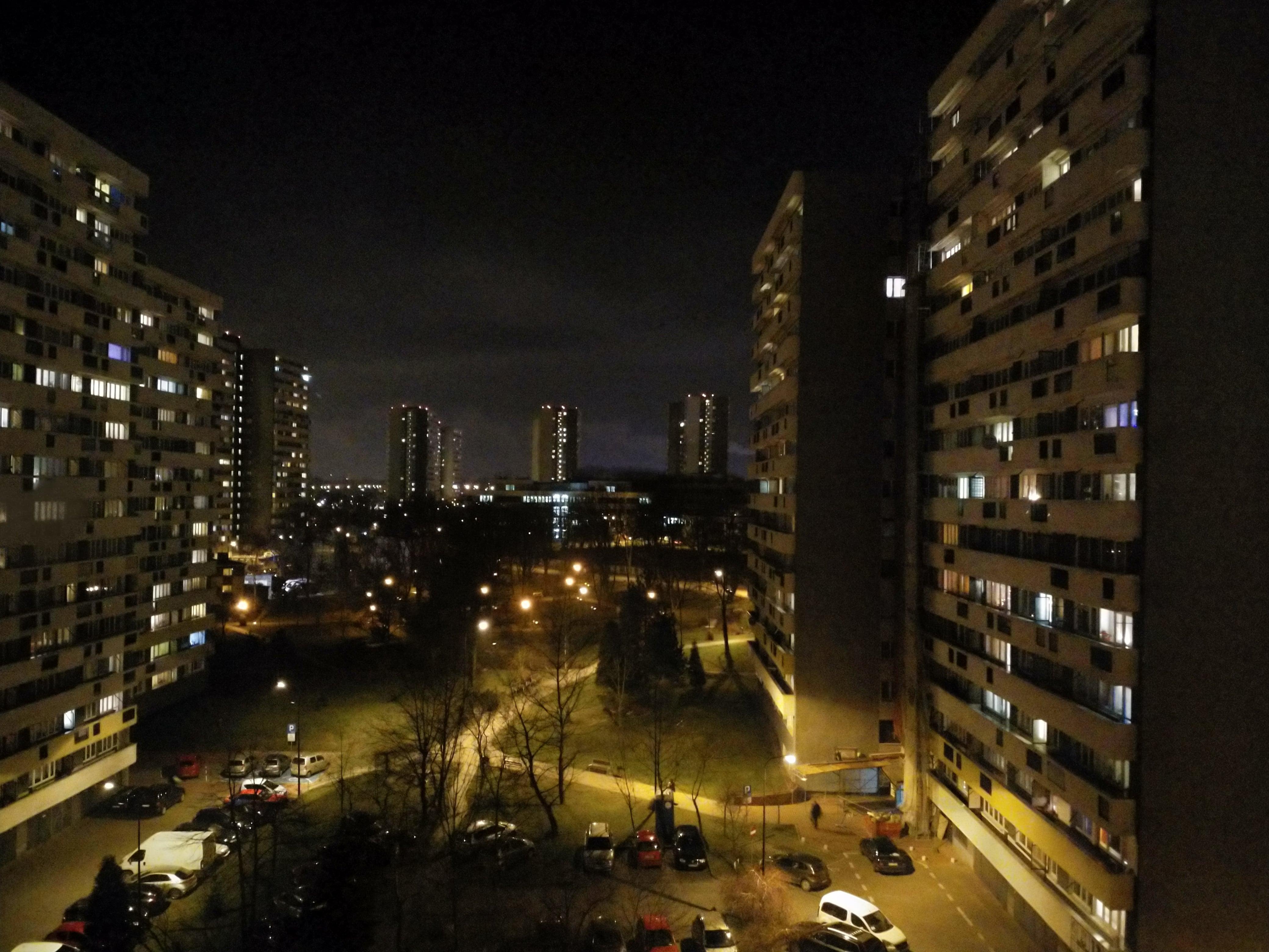 Zdjęcia nocne - Nokia 8