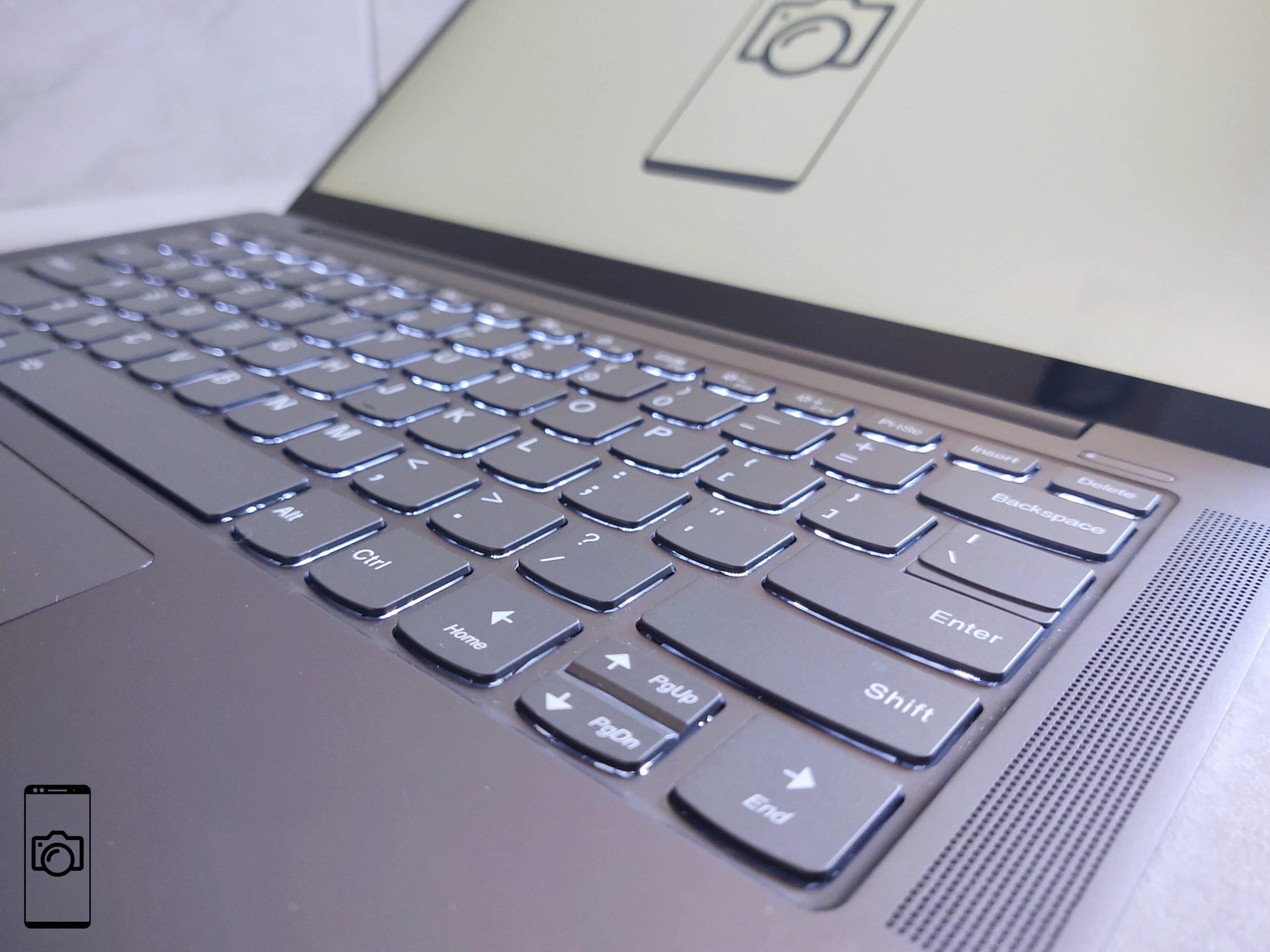 Lenovo Yoga S740