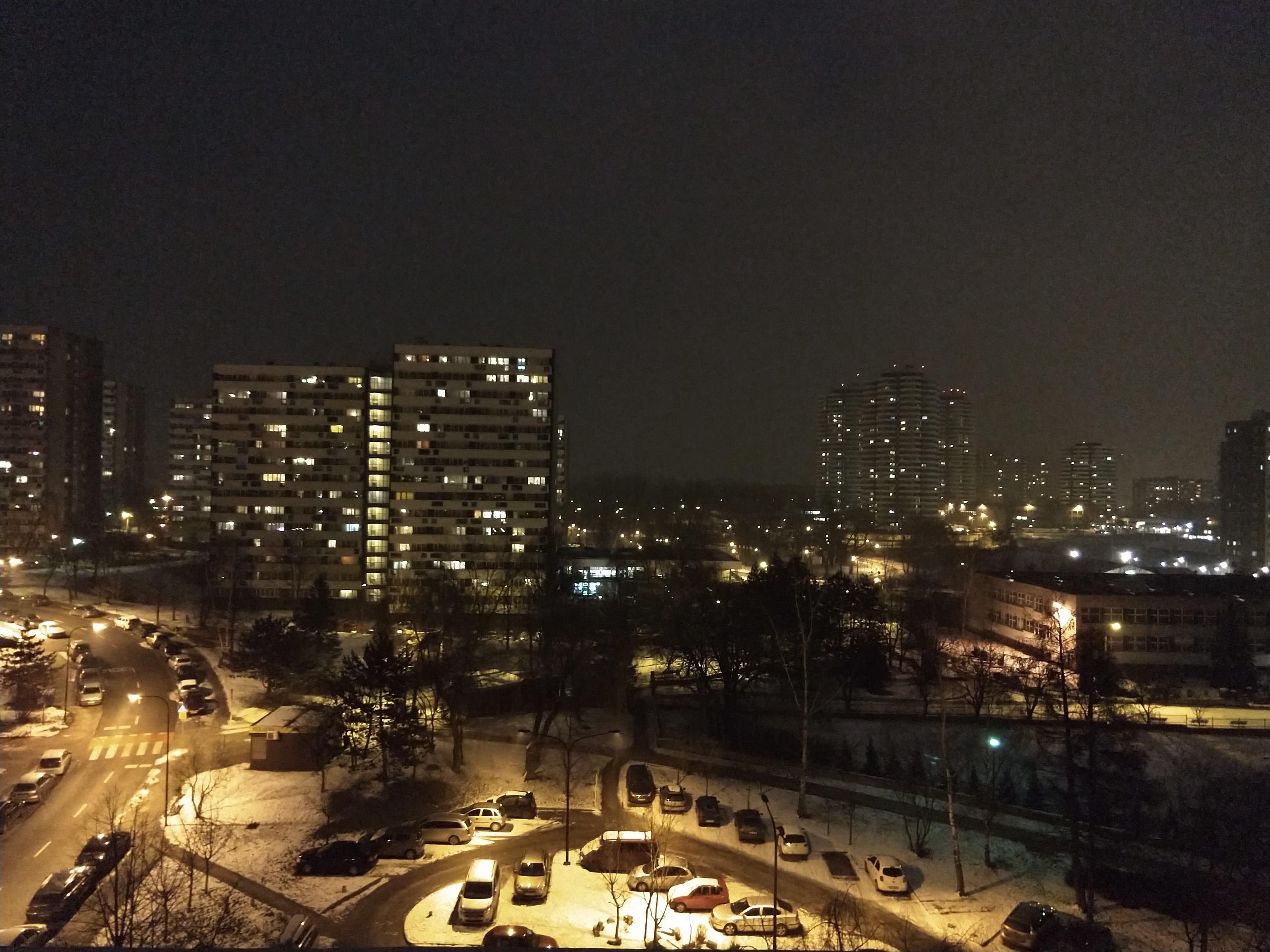 Zdjęcia nocne - Motorola Moto X4