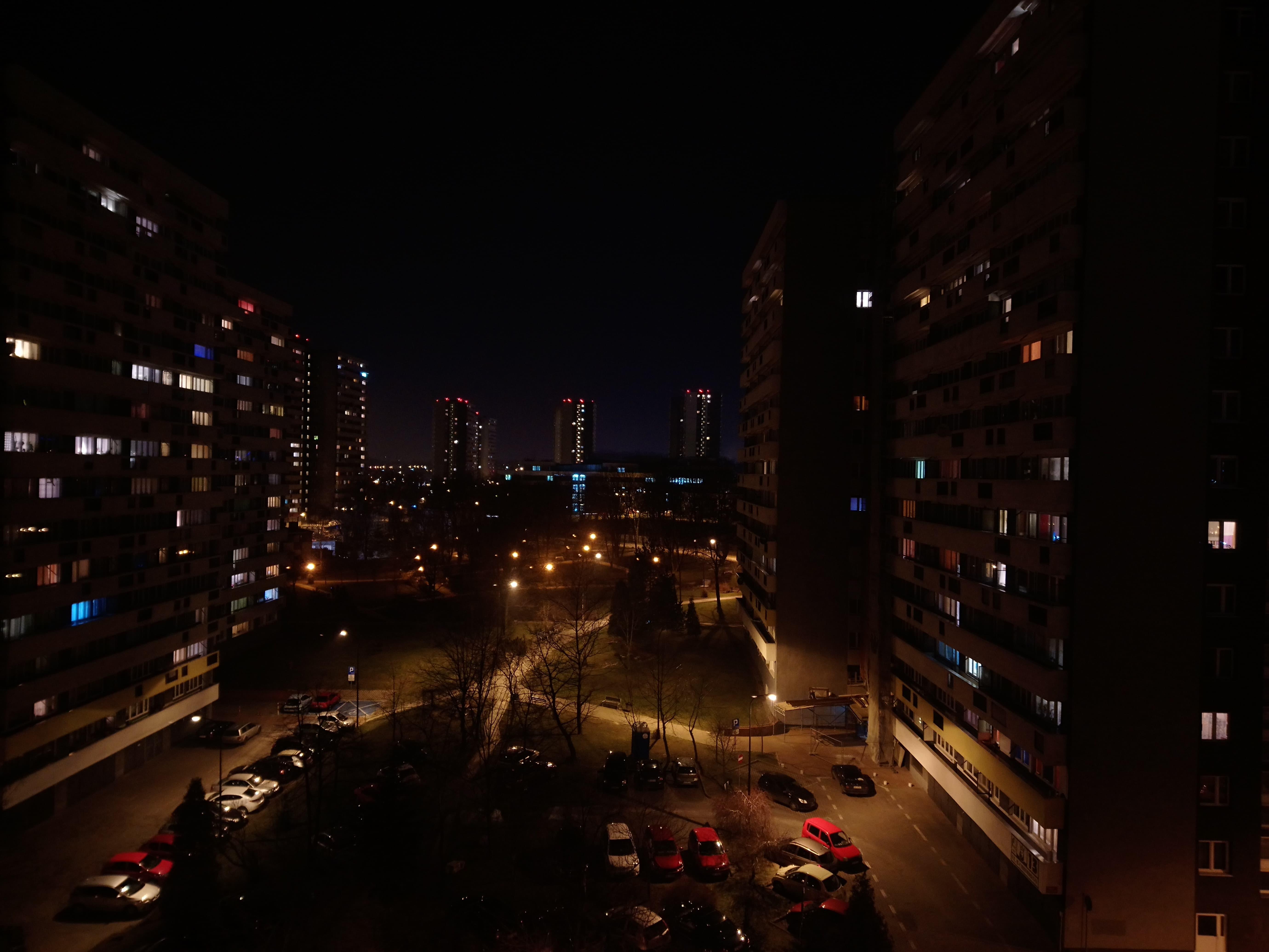 Zdjęcia nocne - Sony Xperia XA1 Plus