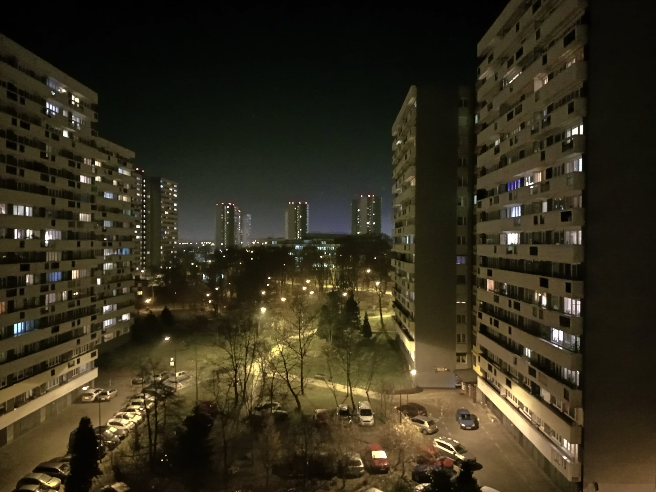 Zdjęcia nocne - Motorola Moto E7