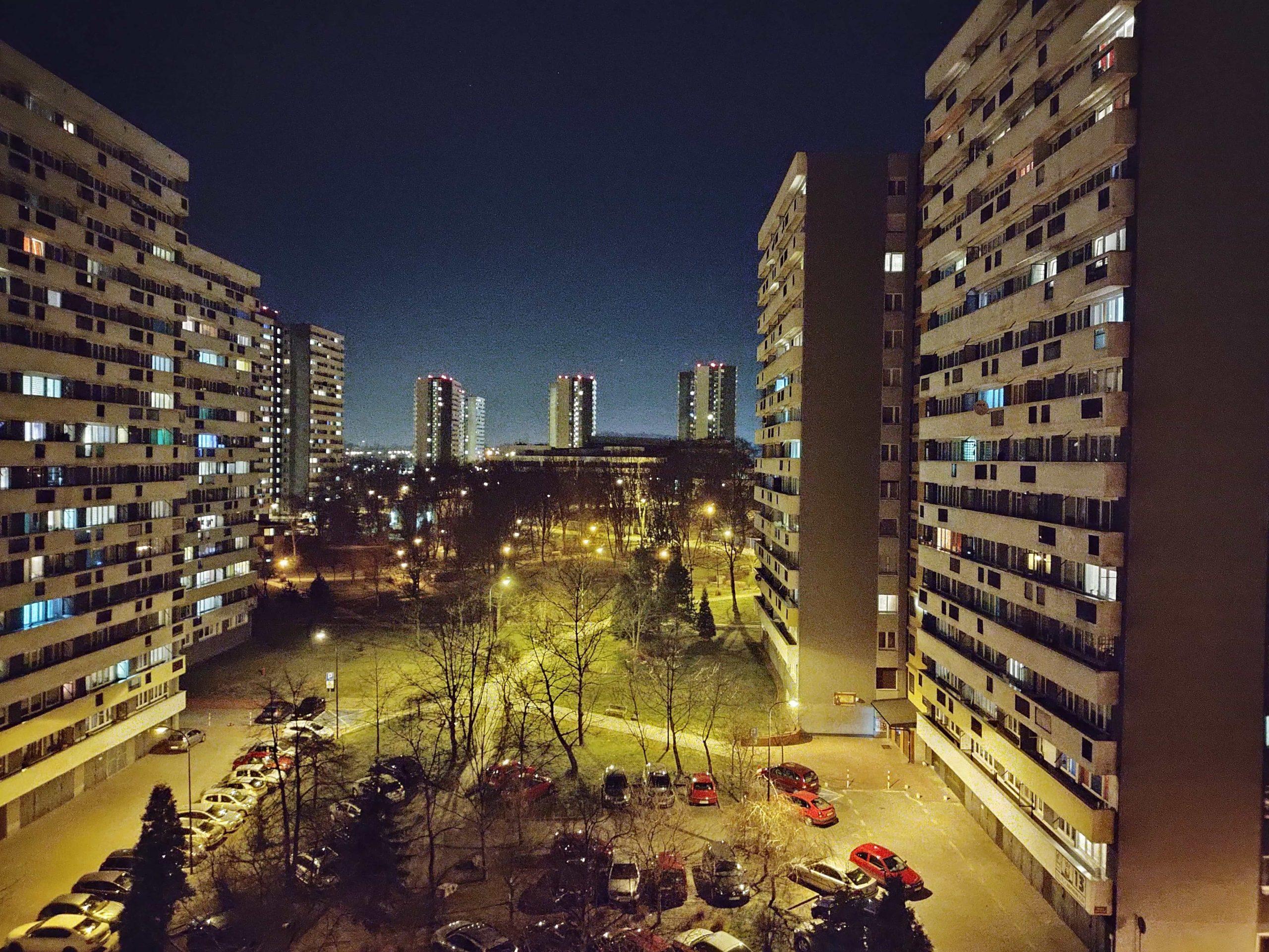 Zdjęcia nocne - Motorola Moto G100