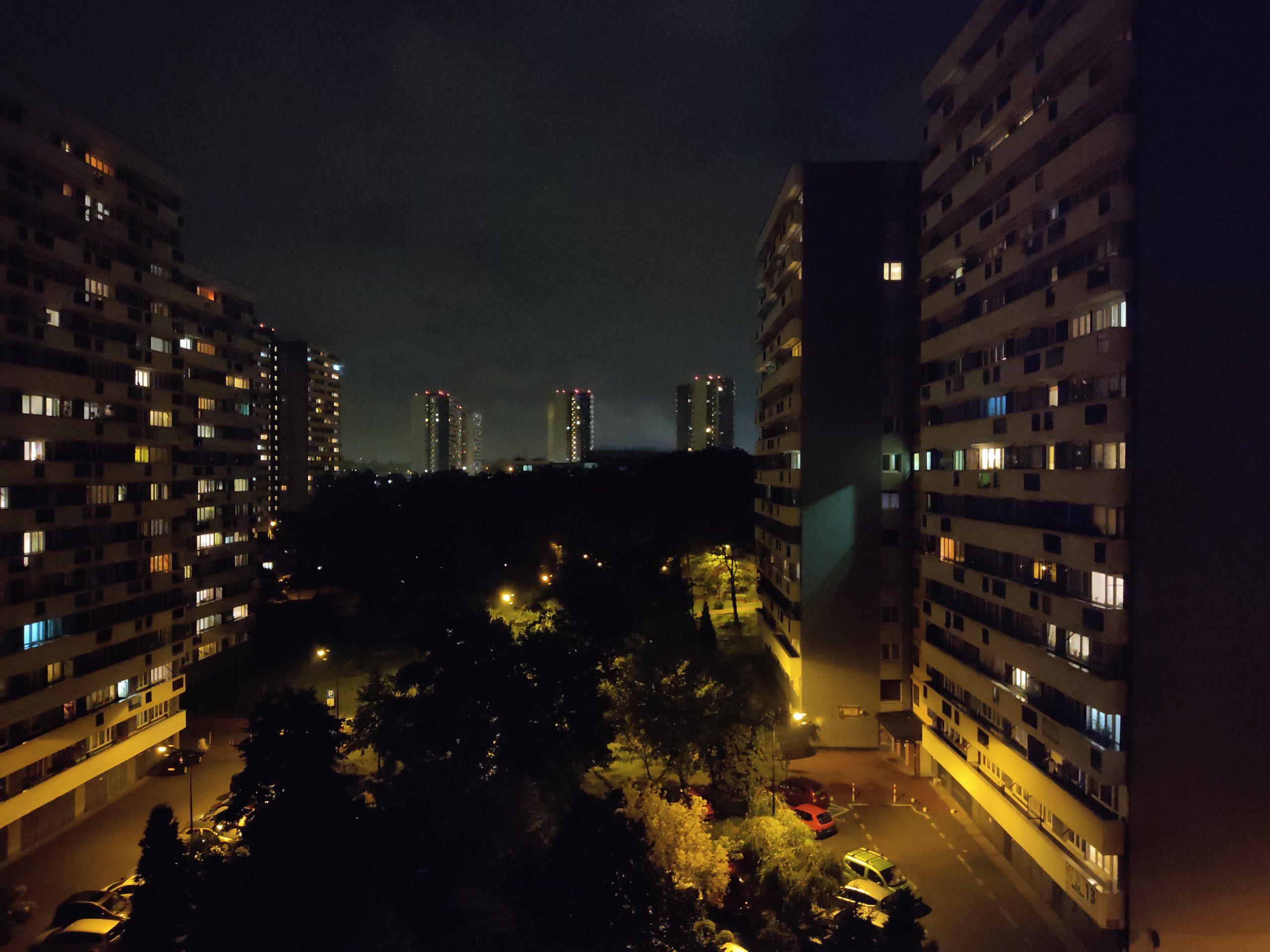 Zdjęcia nocne - Xiaomi Redmi Note 9s