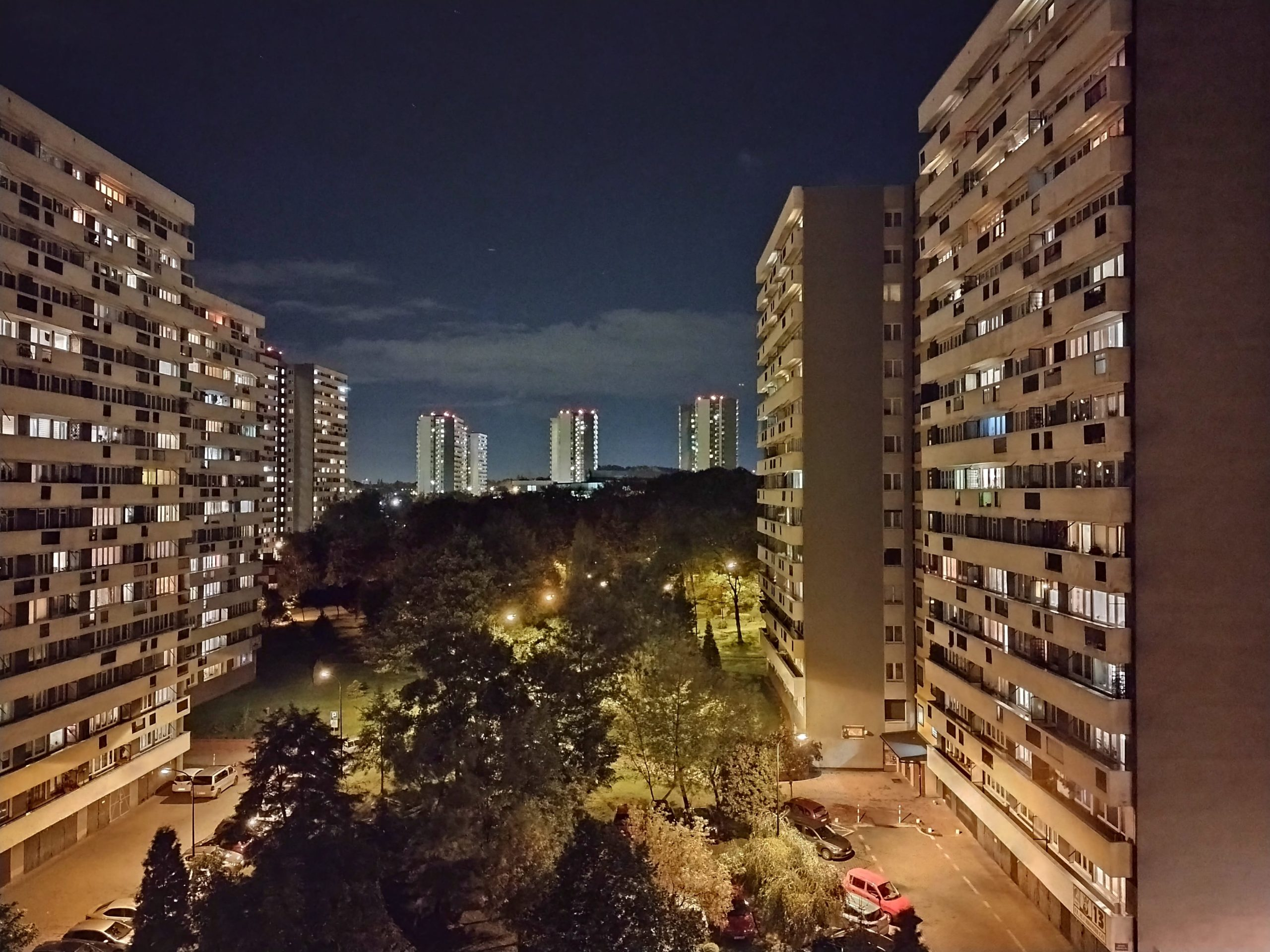 Zdjęcia nocne - Motorola Moto E7 Plus