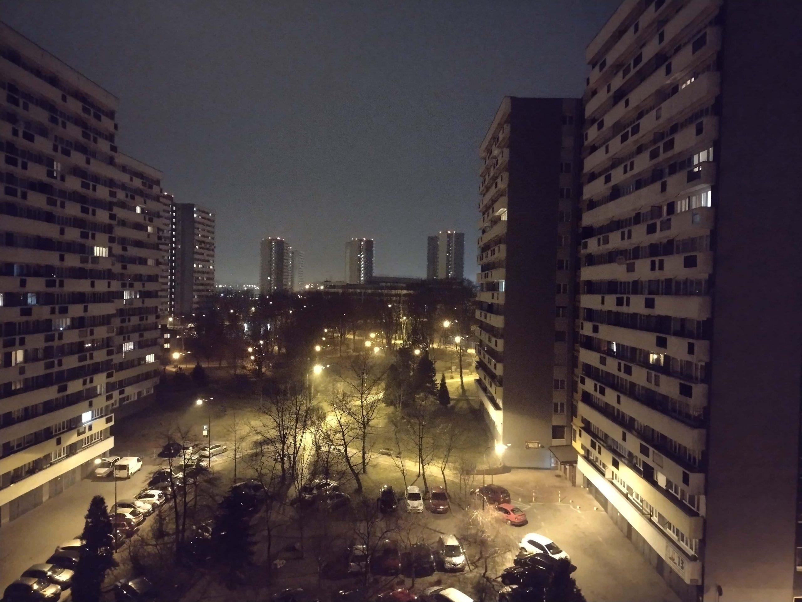 Zdjęcia nocne - Motorola Moto G10