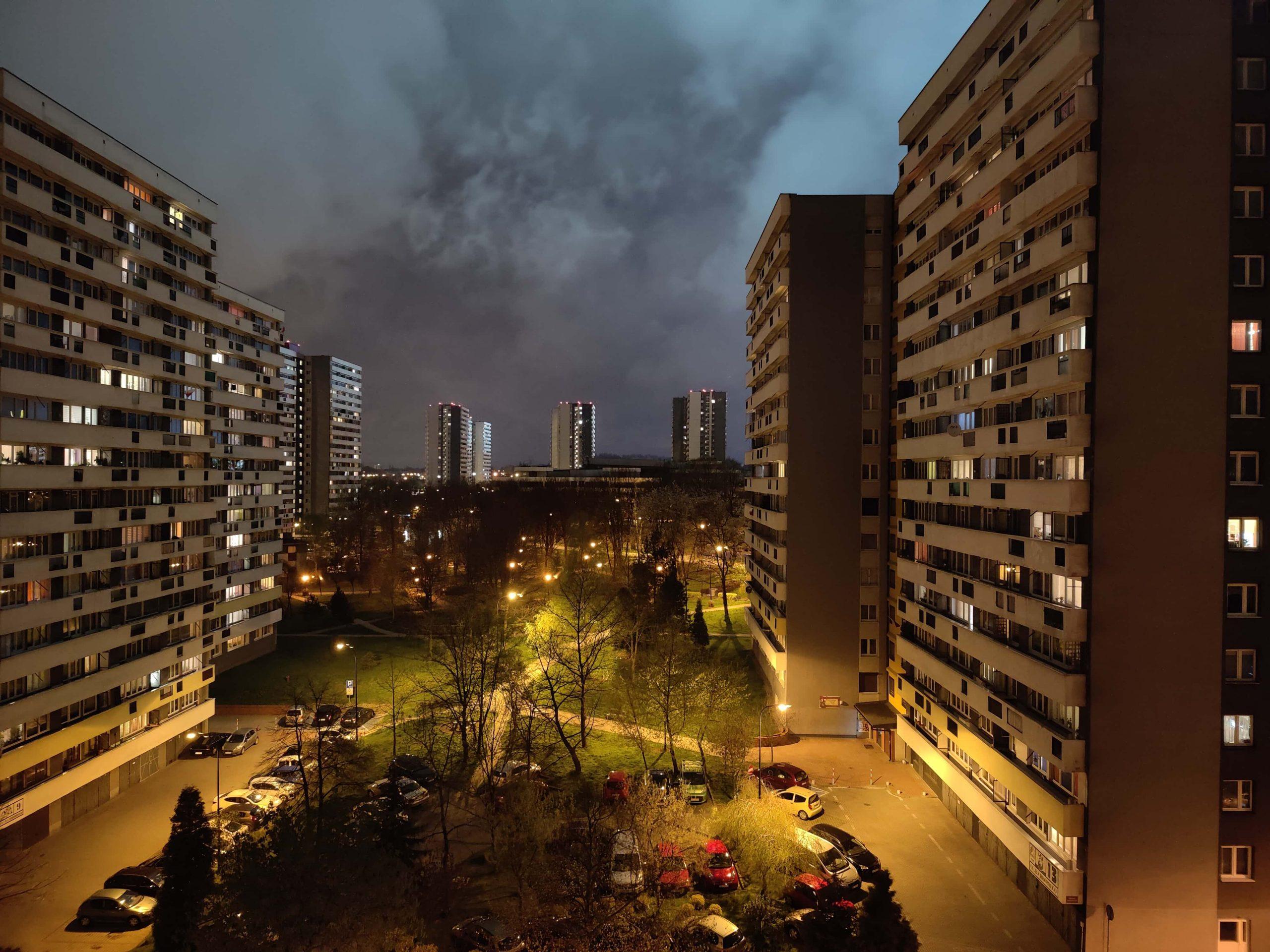 Zdjęcia nocne - OnePlus 9