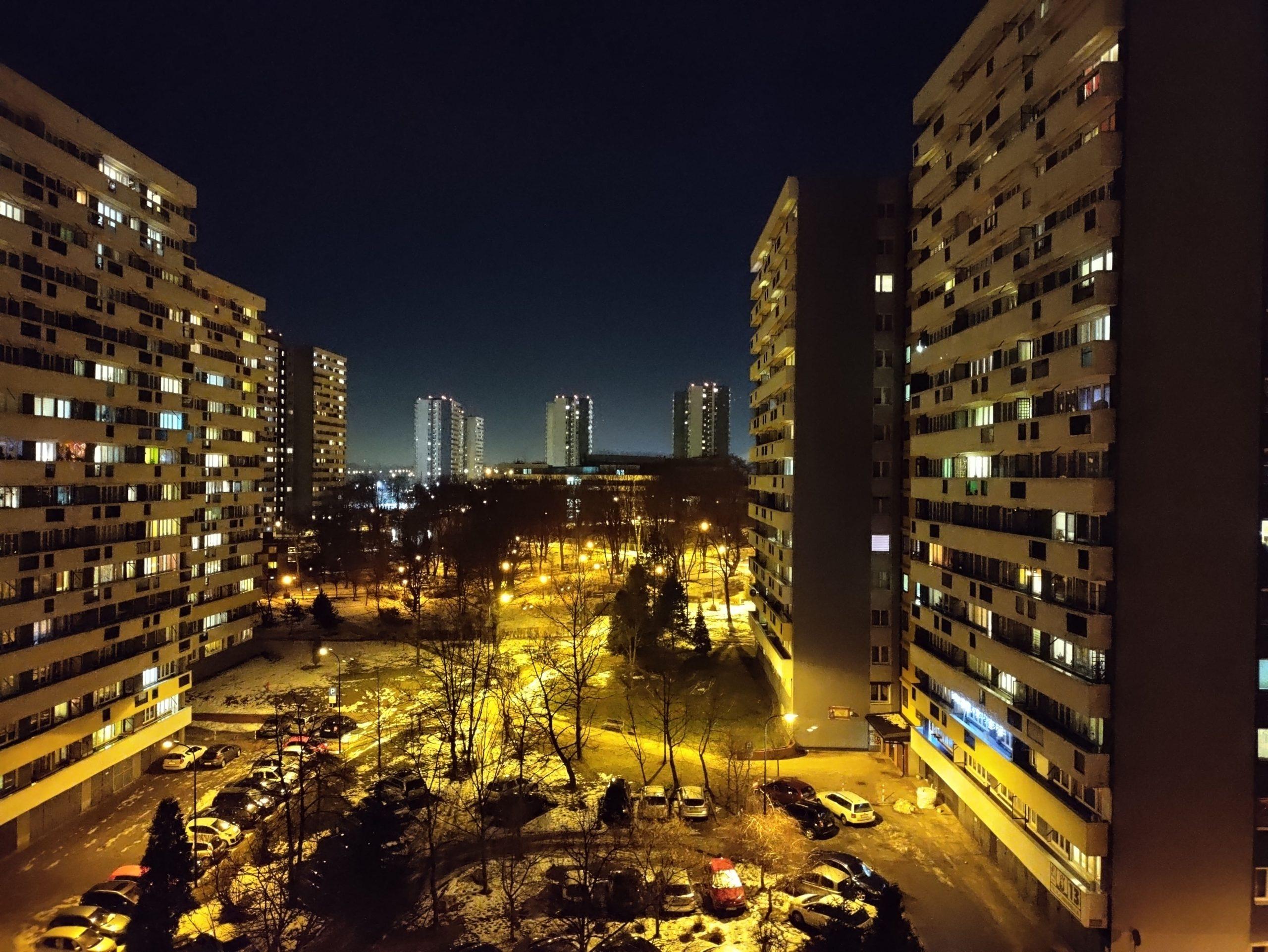 Zdjęcia nocne - OnePlus N10