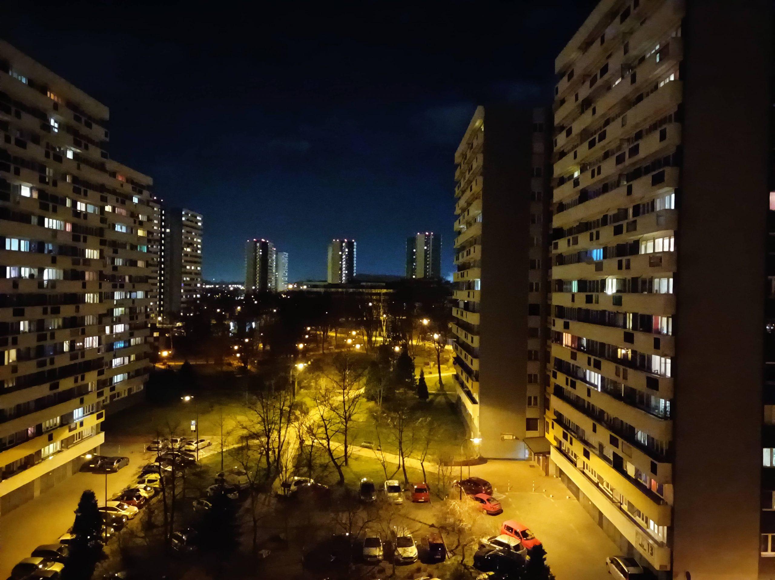 Zdjęcia nocne - Redmi Note 9T