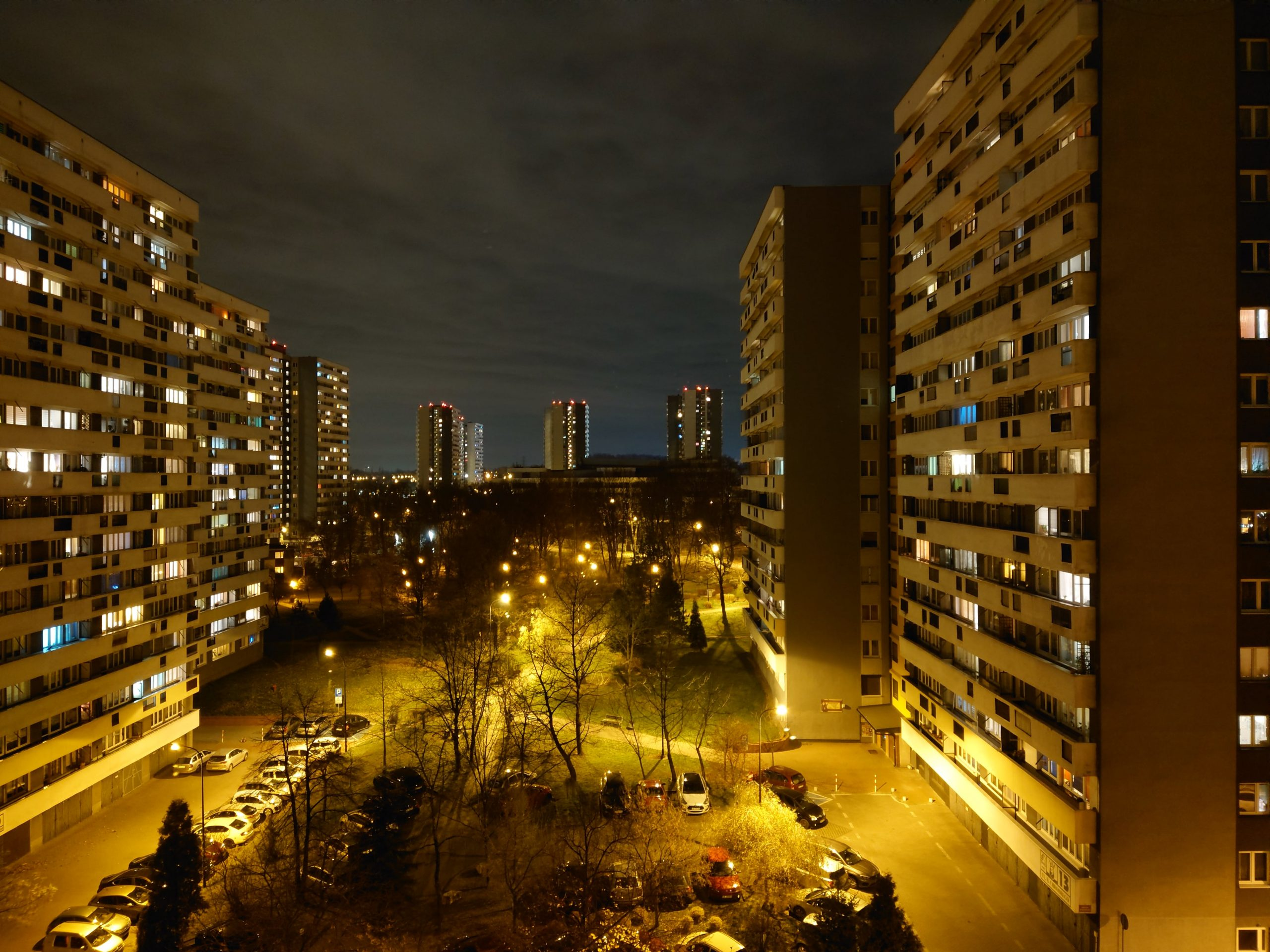 Zdjęcia nocne - Sony Xperia 5 II