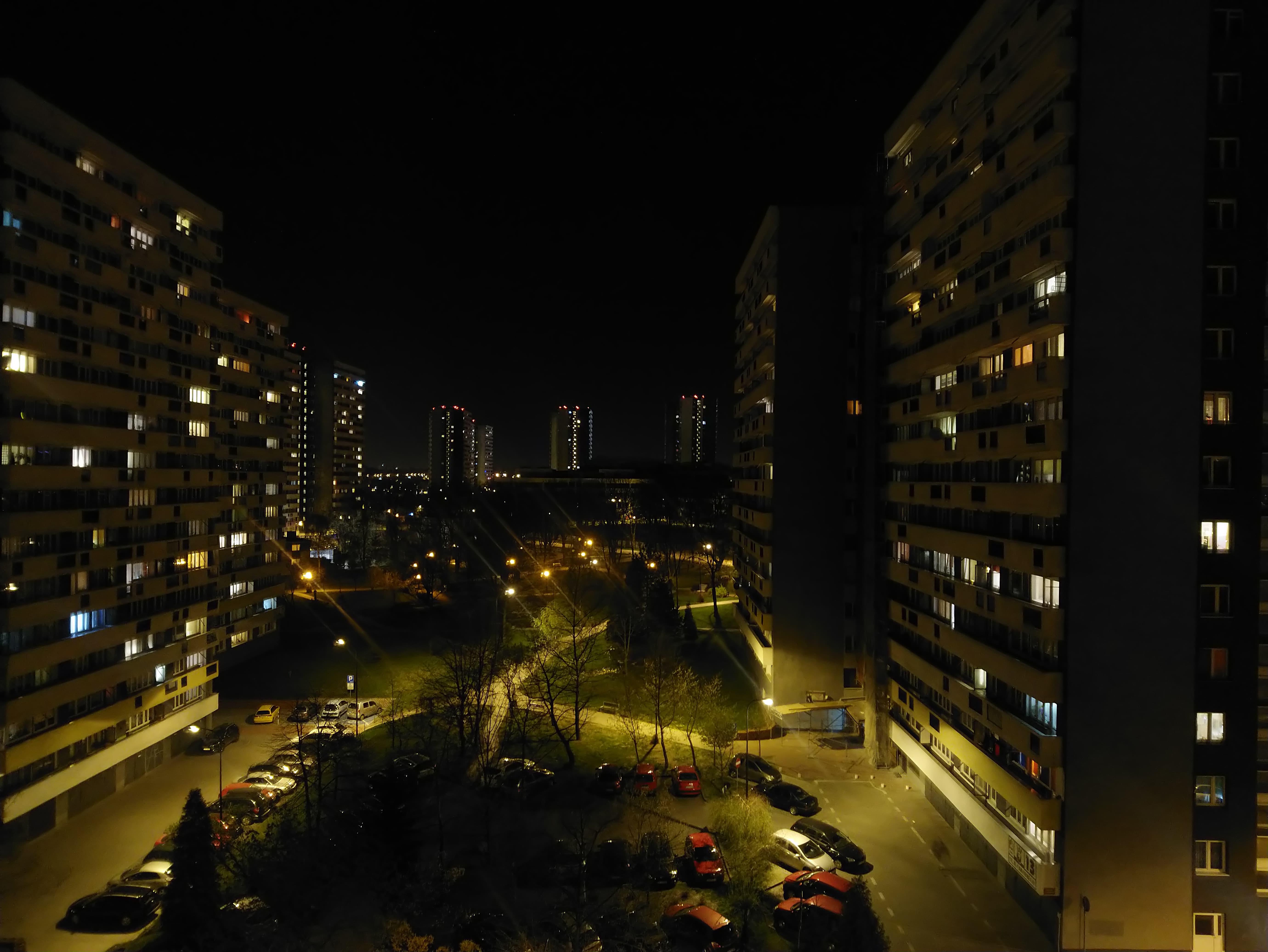 Zdjęcia nocne - Sony Xperia XA2