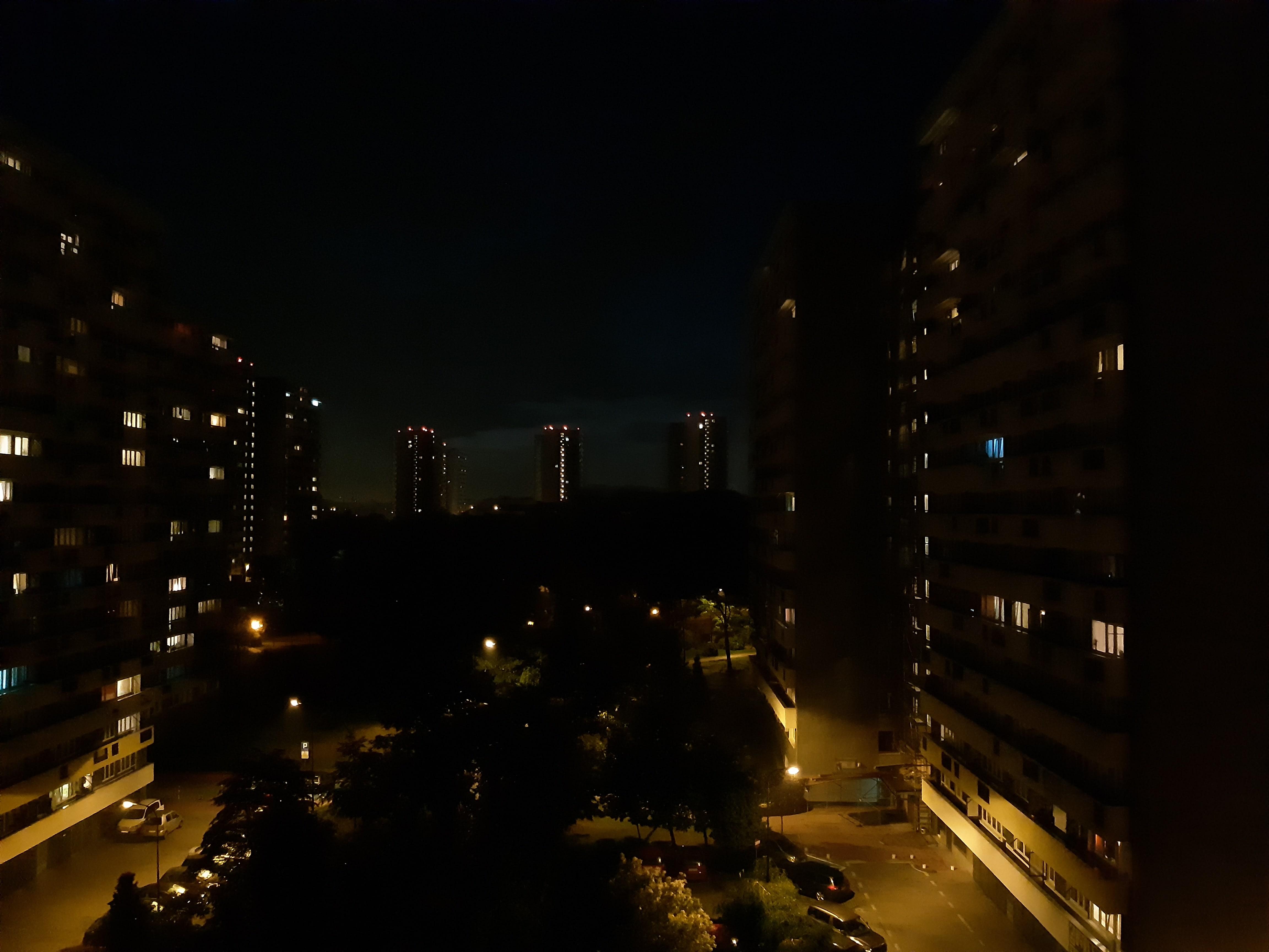 Zdjęcia nocne - Samsung Galaxy A8