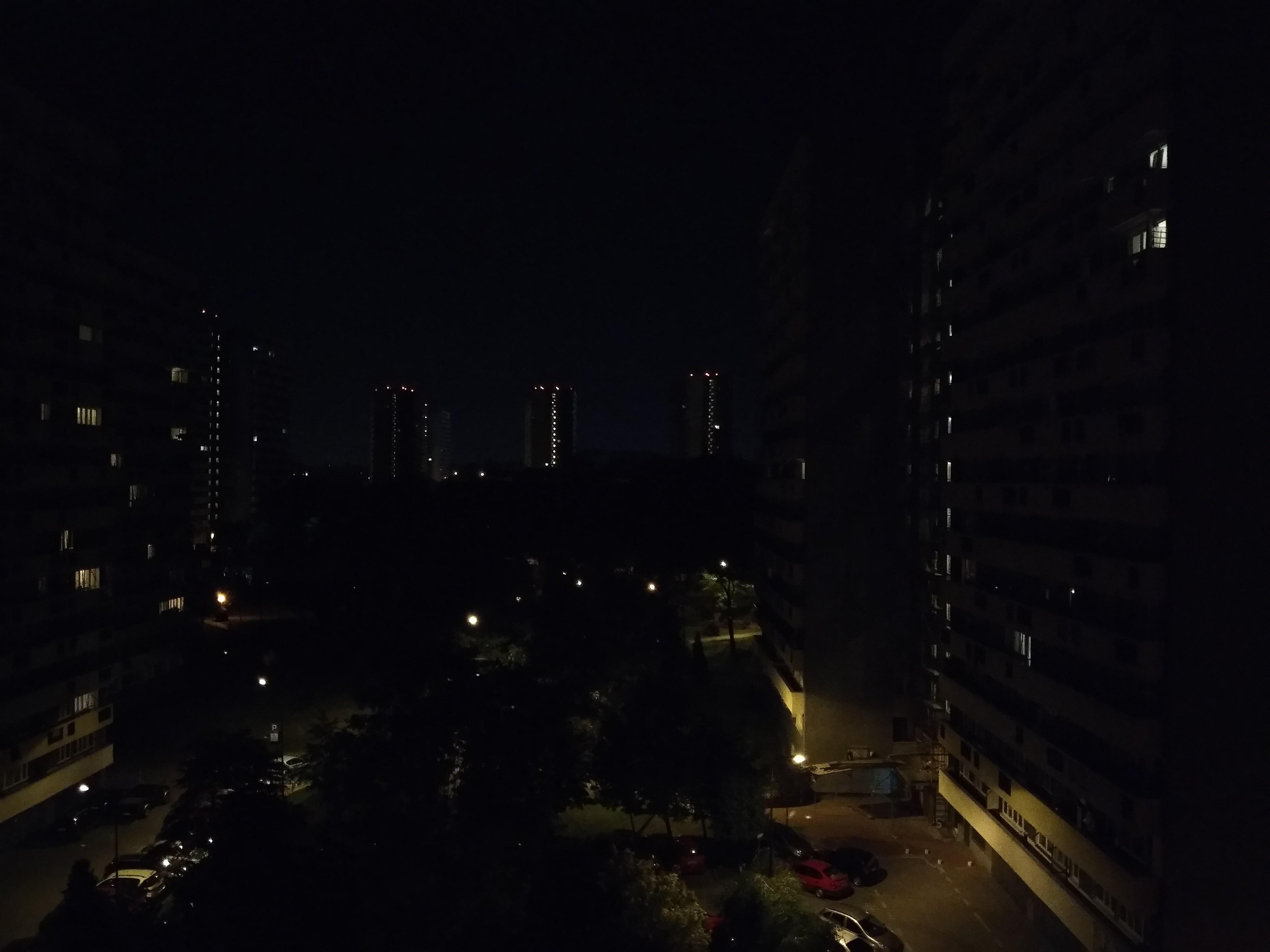 Zdjęcia nocne - Wiko View 2 Pro