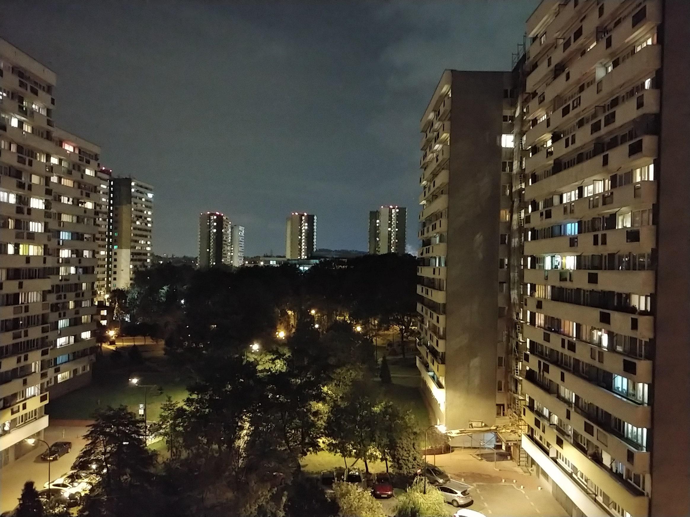Zdjęcia nocne - LG V30
