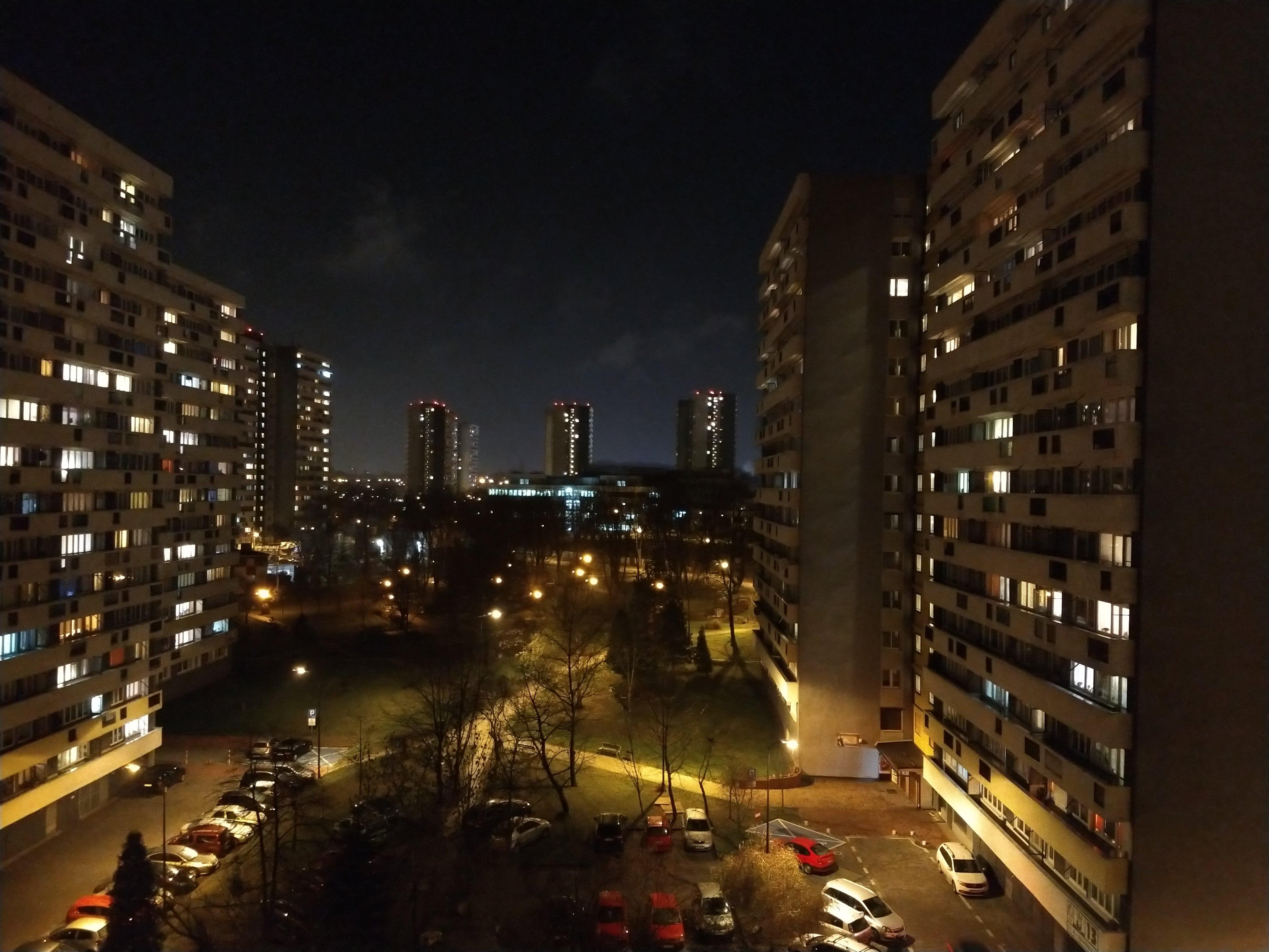 Zdjęcia nocne - Motorola Moto Z3 Play