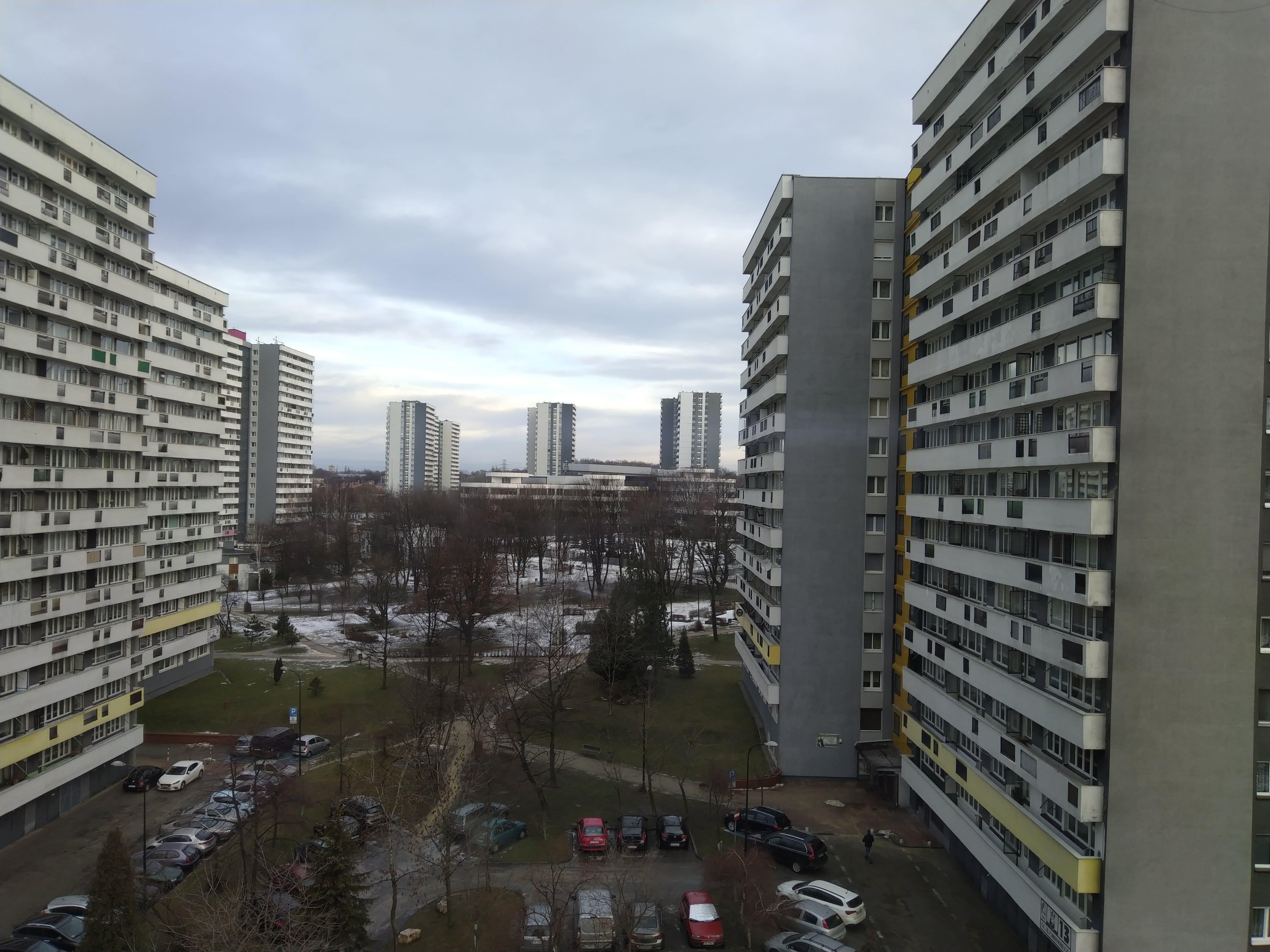 Pochmurna pogoda - HTC U12 Life