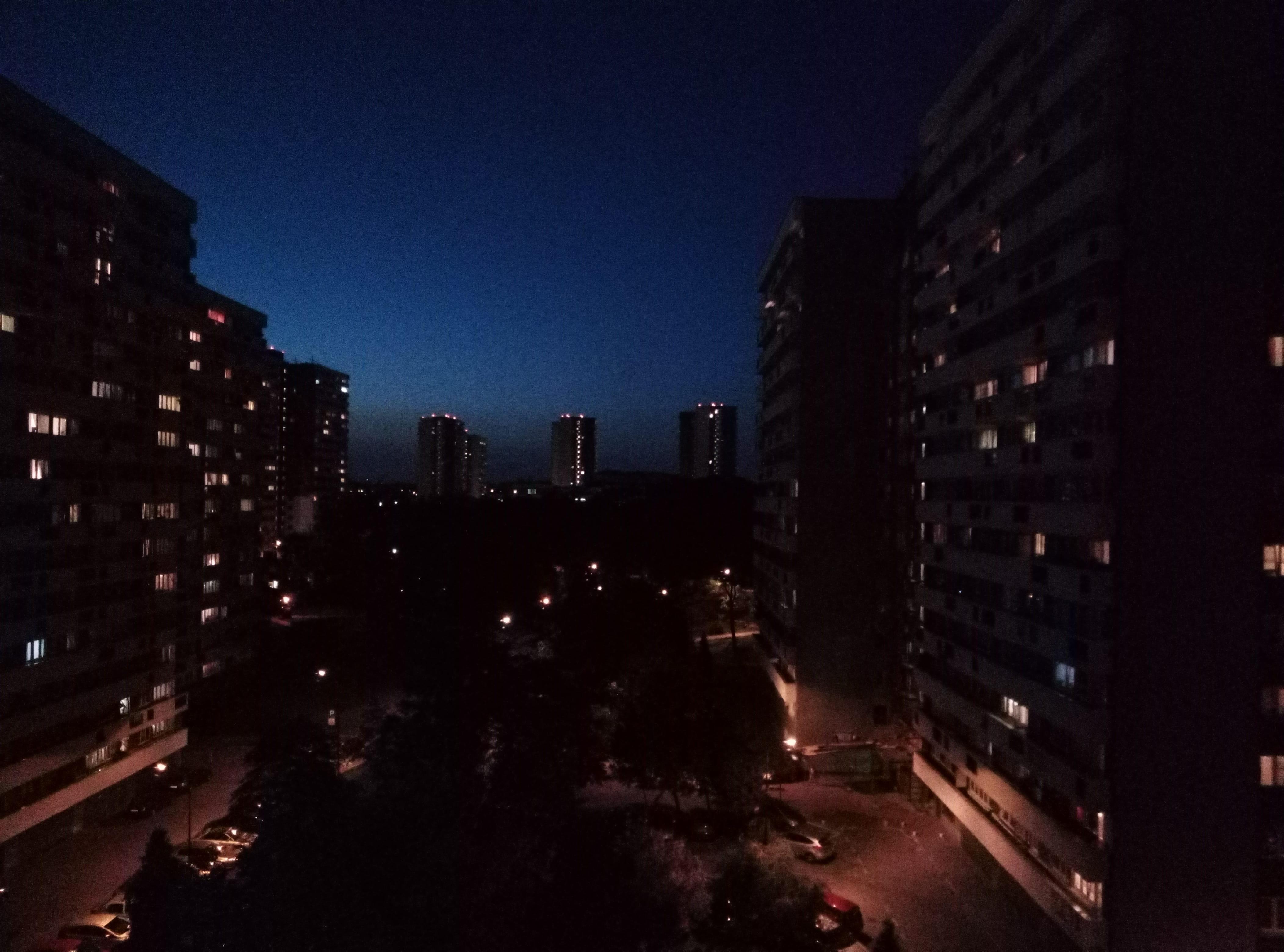 Zdjęcia nocne - HTC Desire 12