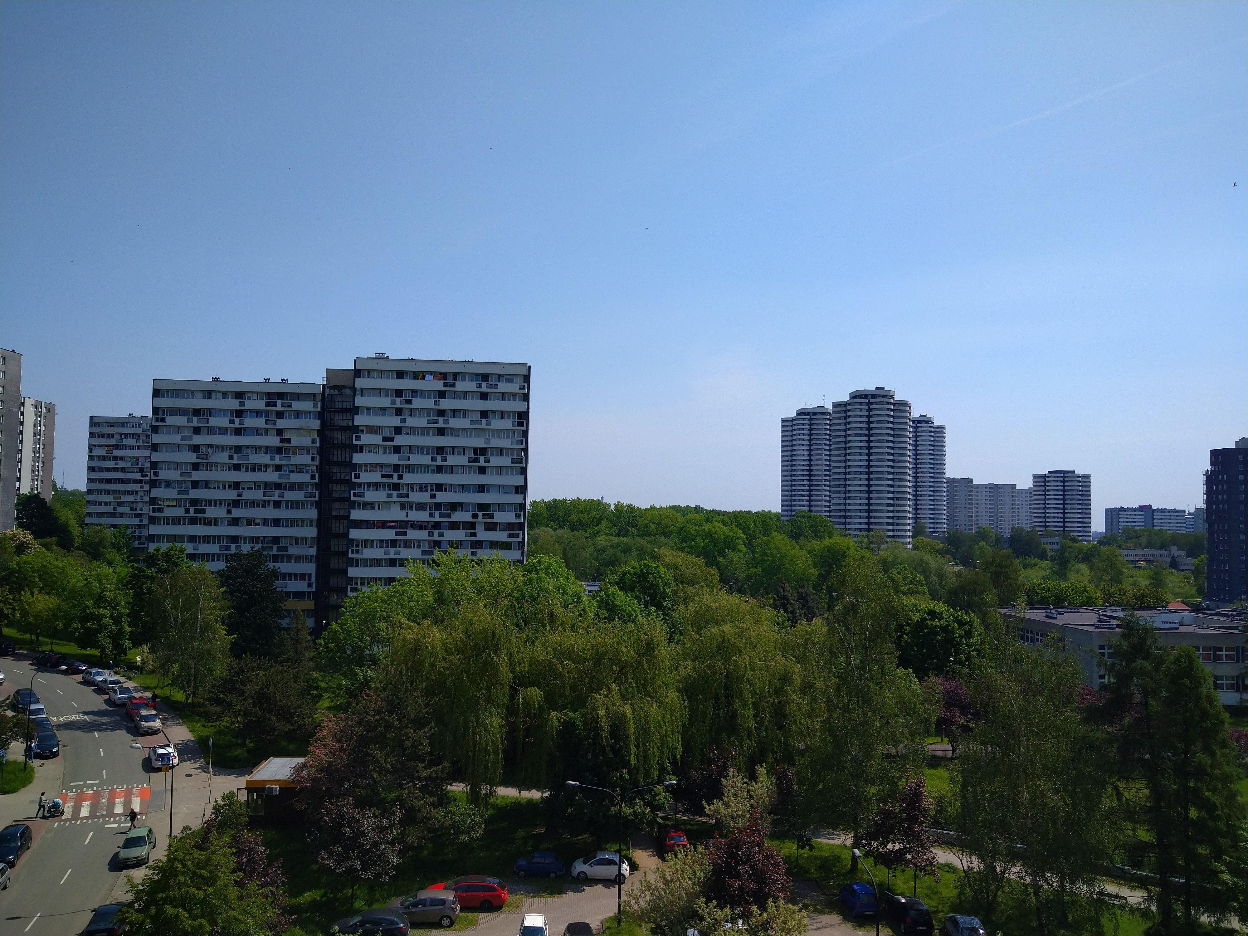 Słoneczna pogoda - Sony Xperia 10 Plus