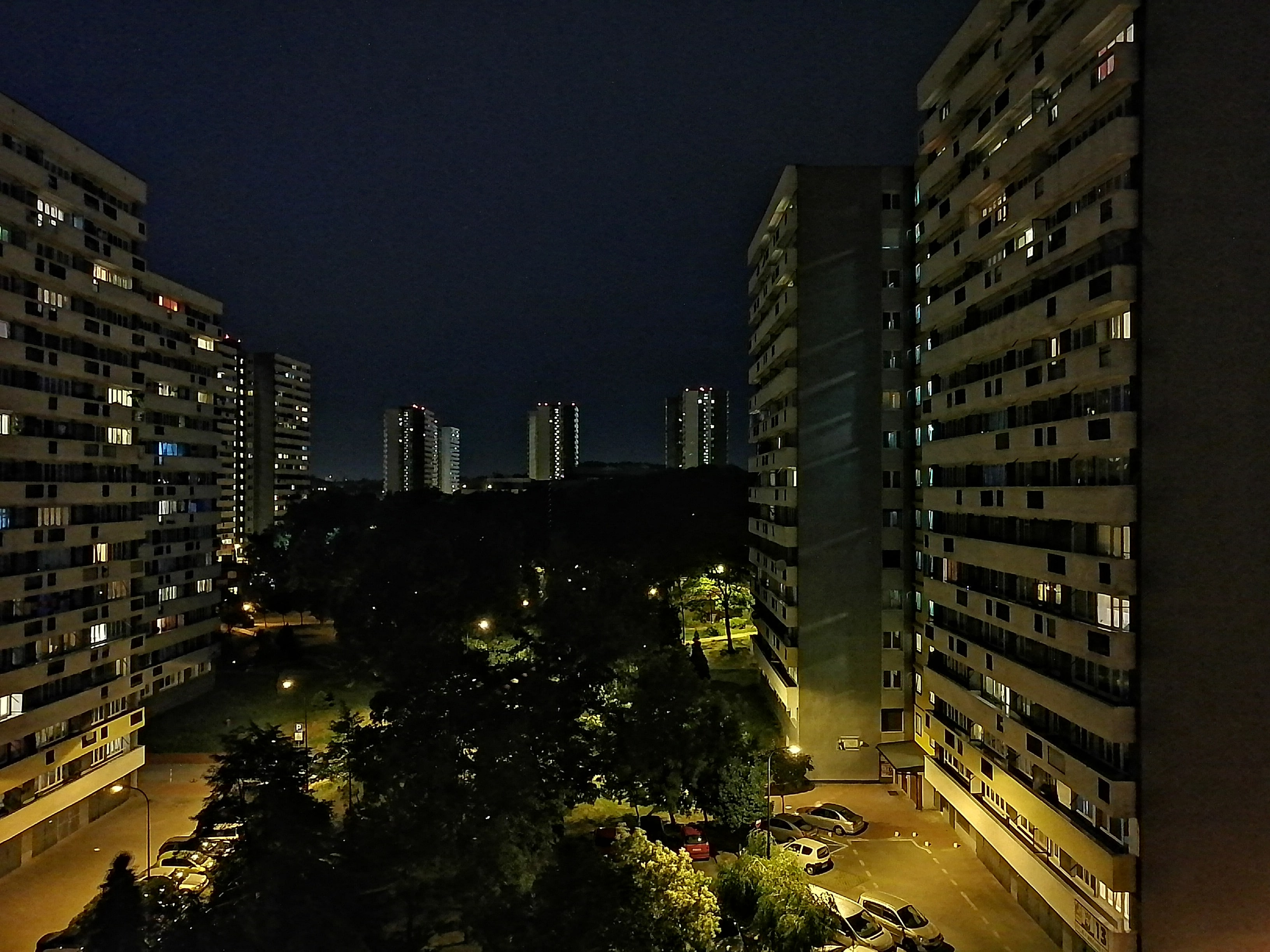 Zdjęcia nocne - Honor 20 Lite