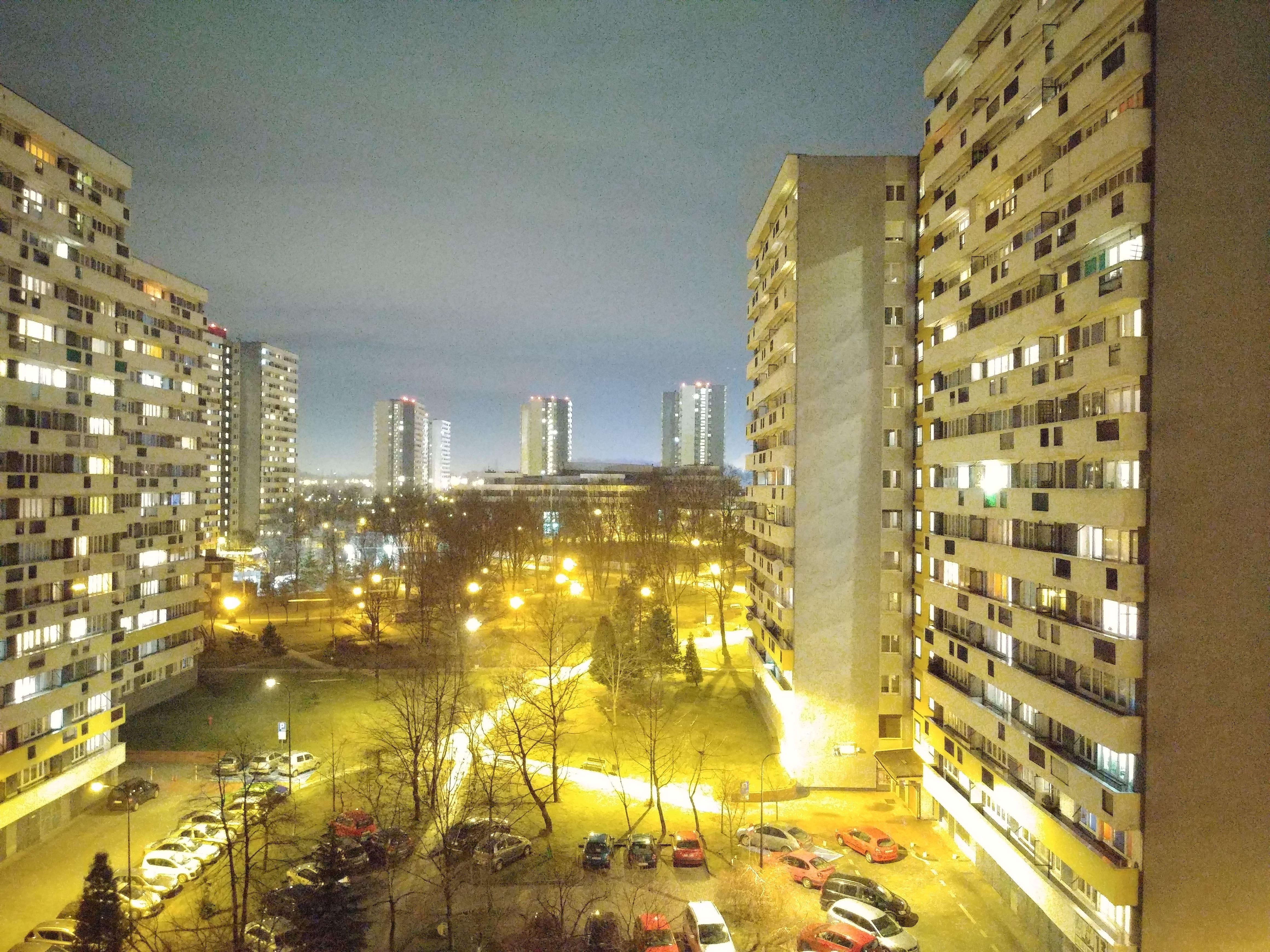 Zdjęcia nocne - LG G7 Fit