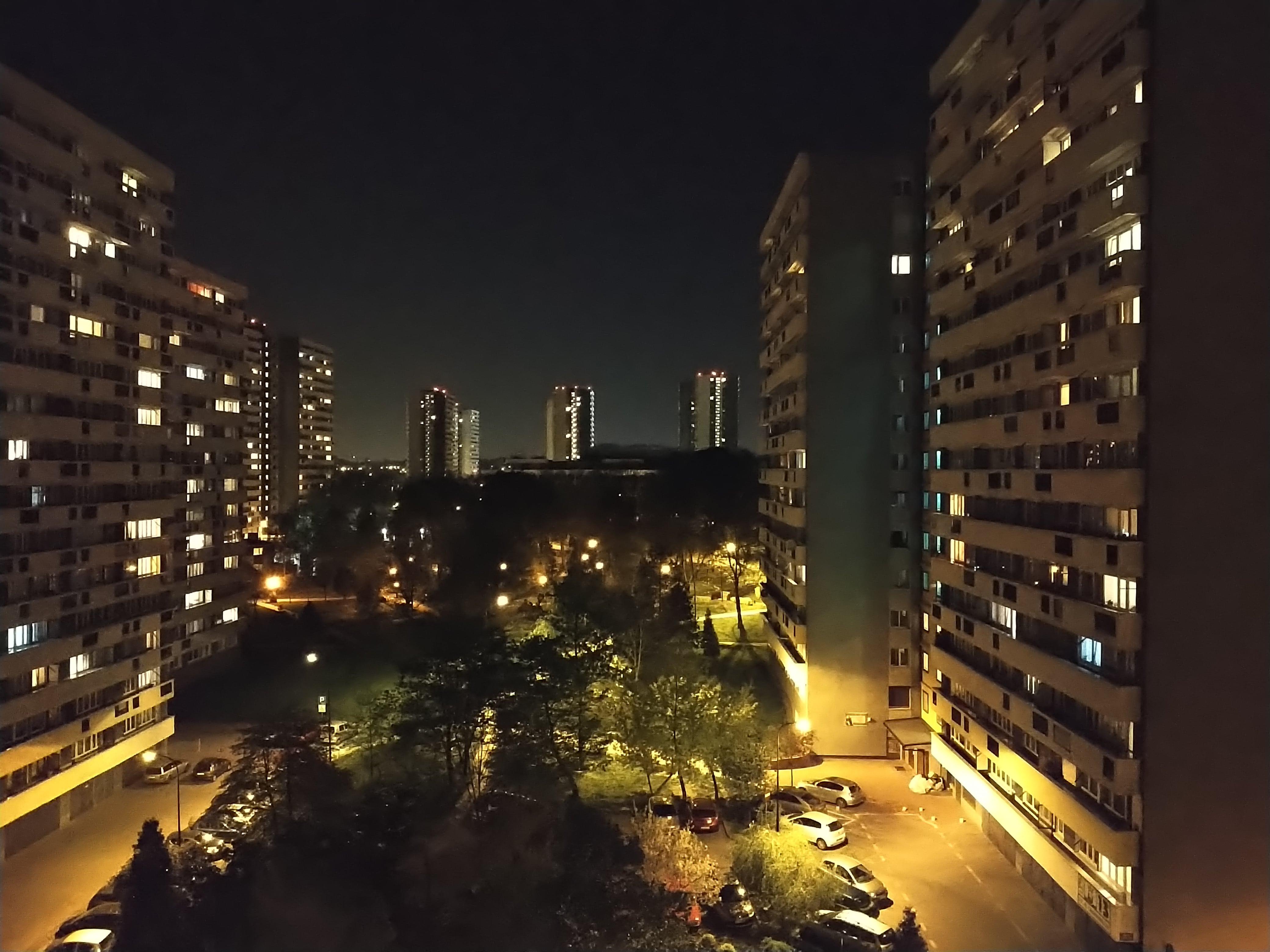 Zdjęcia nocne - Sony Xperia 10