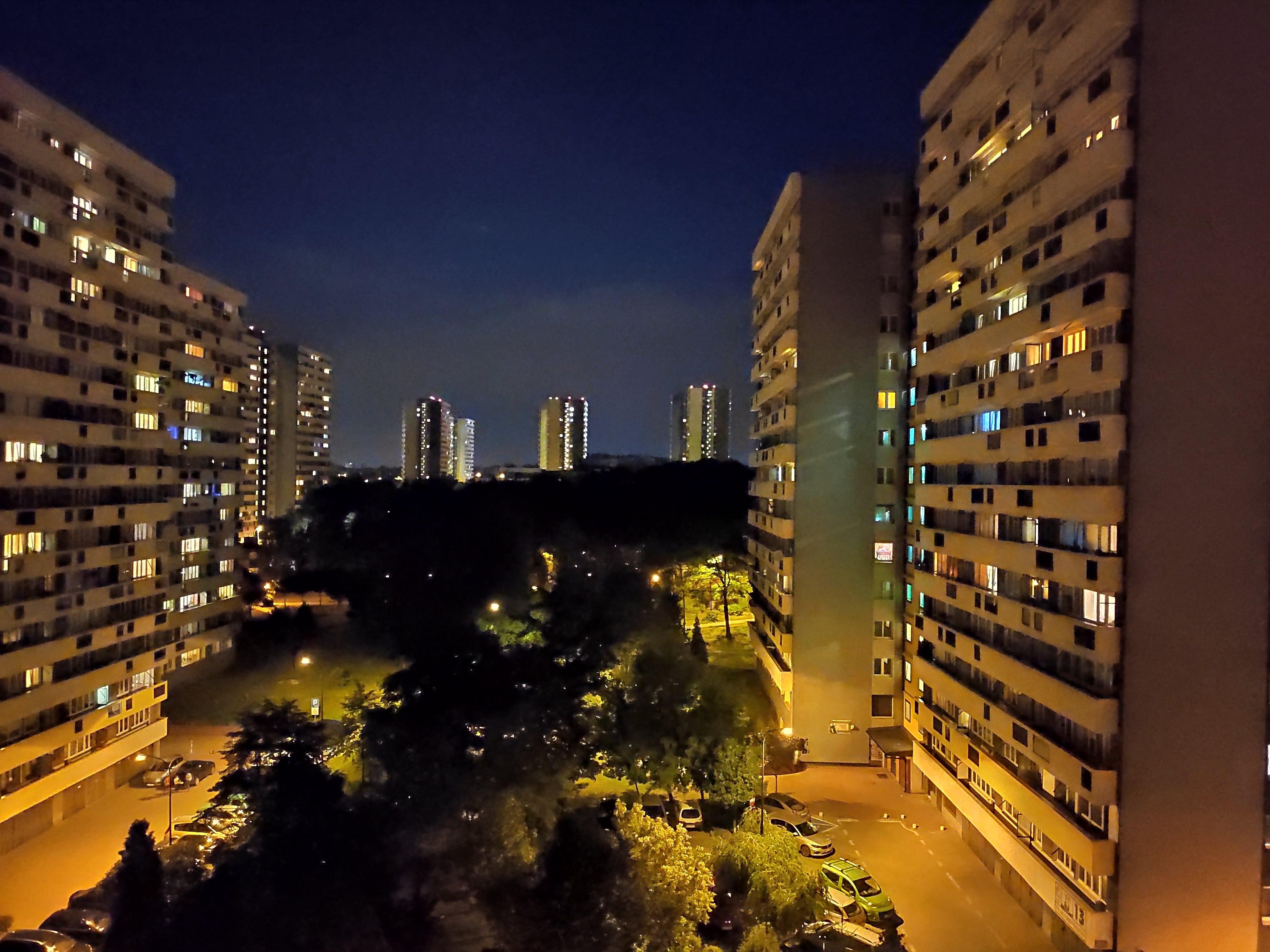 Zdjęcia nocne - Xiaomi Mi 9 SE