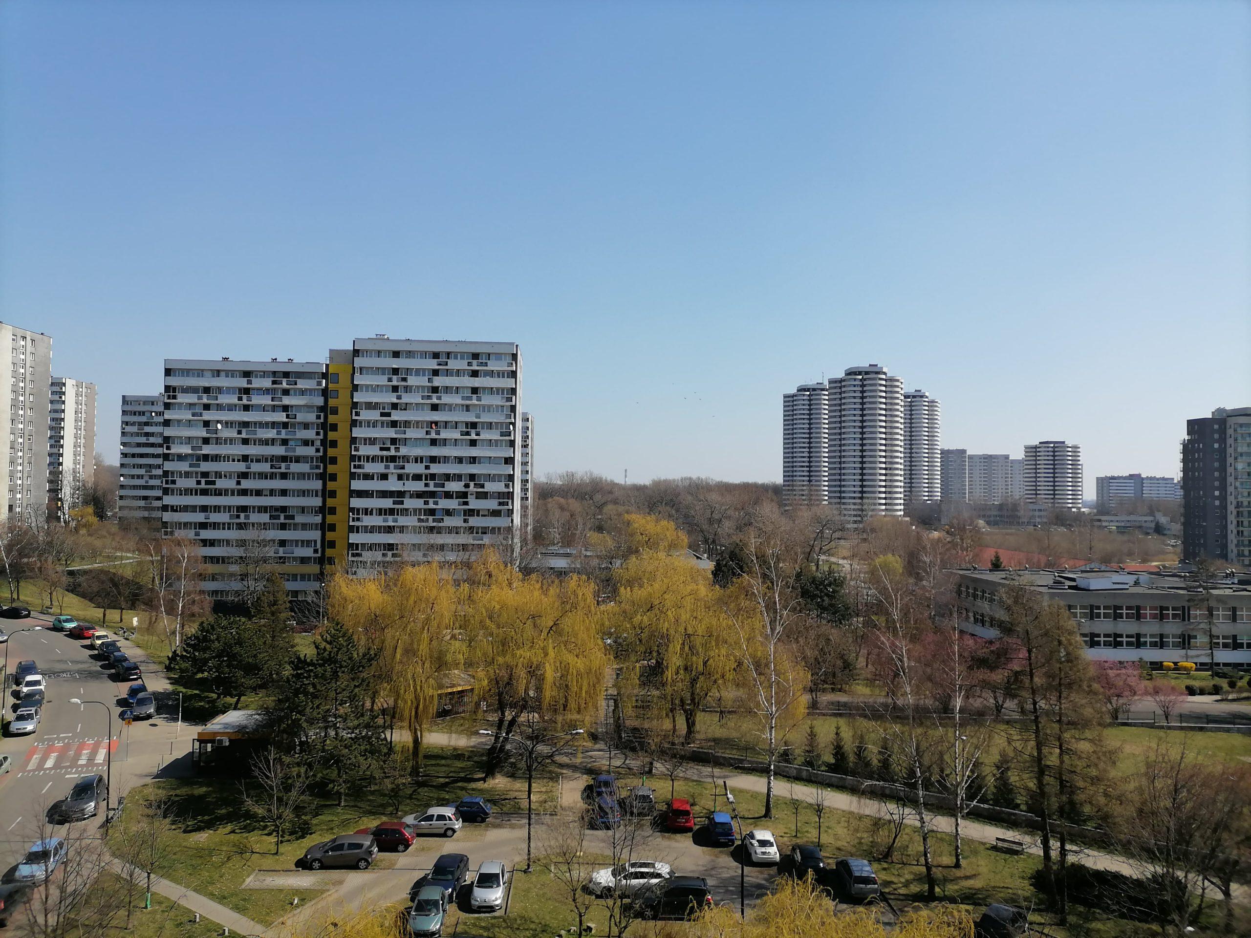Słoneczna pogoda - Huawei P40 Lite E