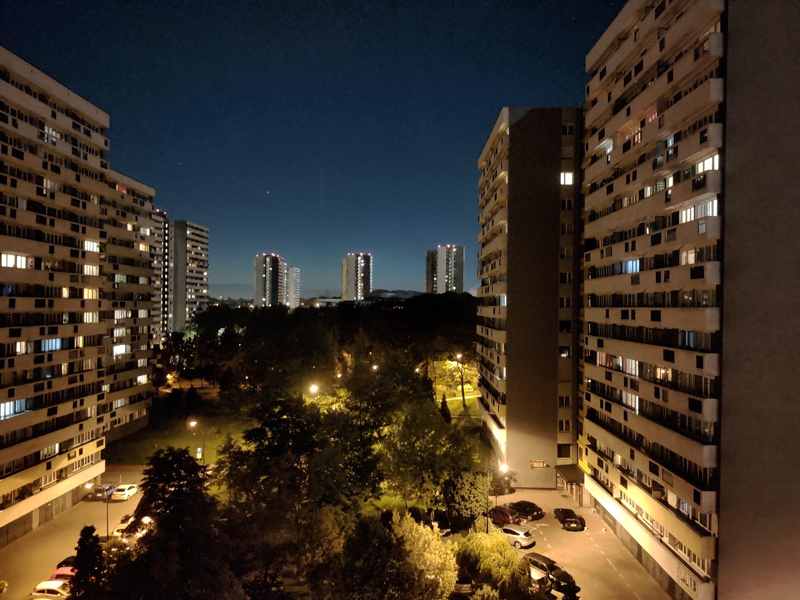 Zdjęcia nocne - Oppo Reno3 Pro