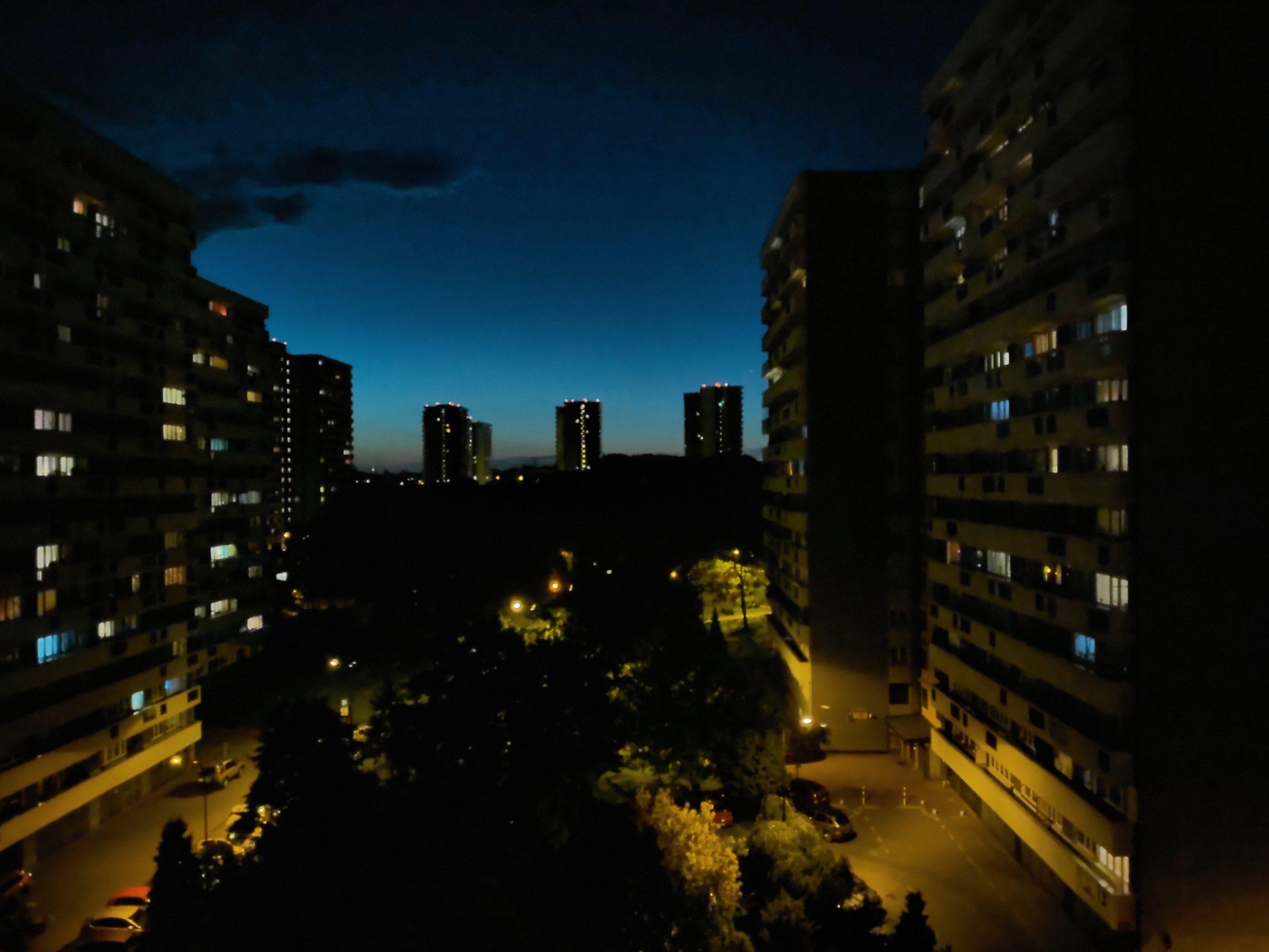 Zdjęcia nocne - ZTE Axon 11 5G