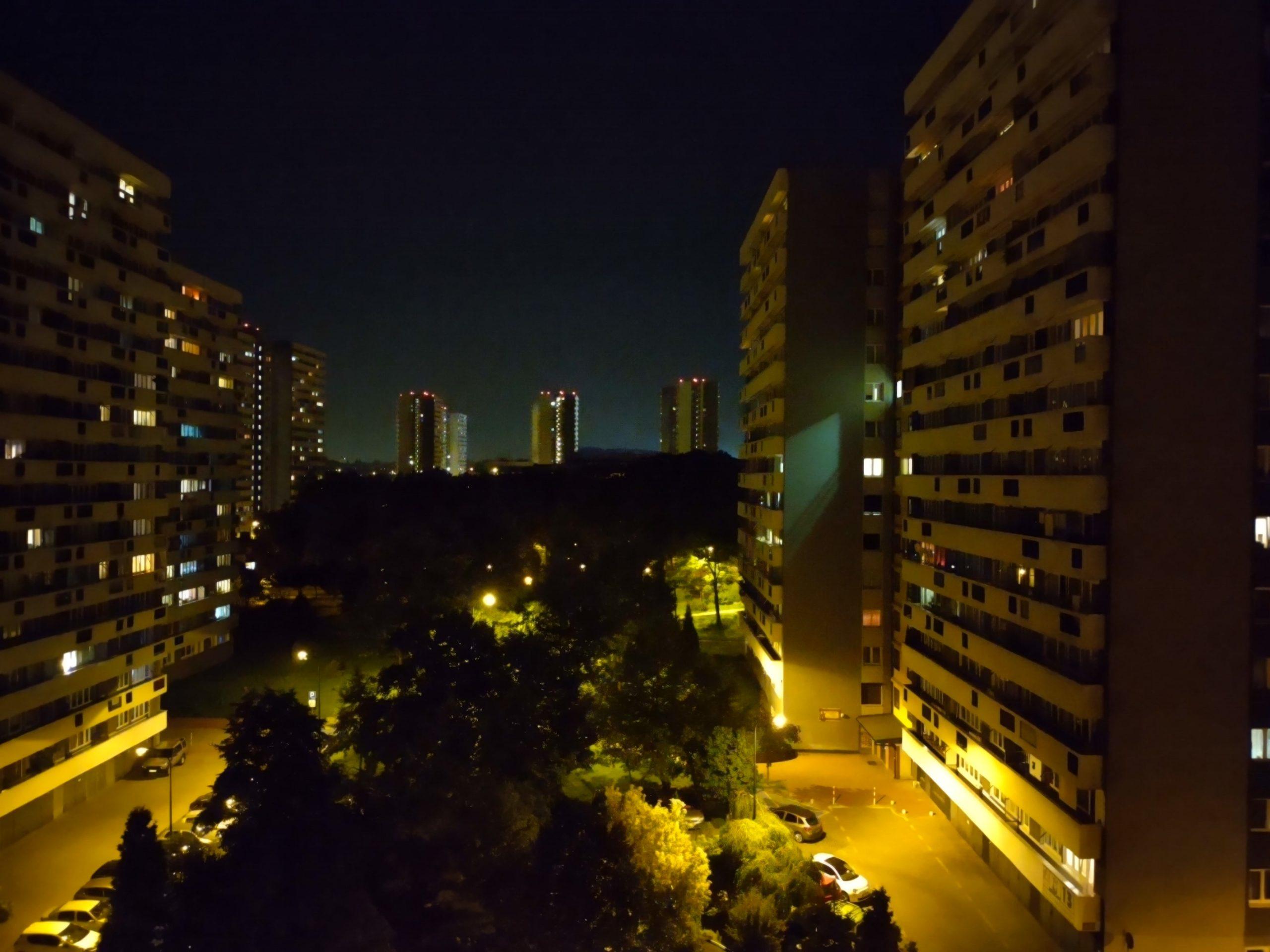 Zdjęcia nocne - Motorola Moto G 5G Plus