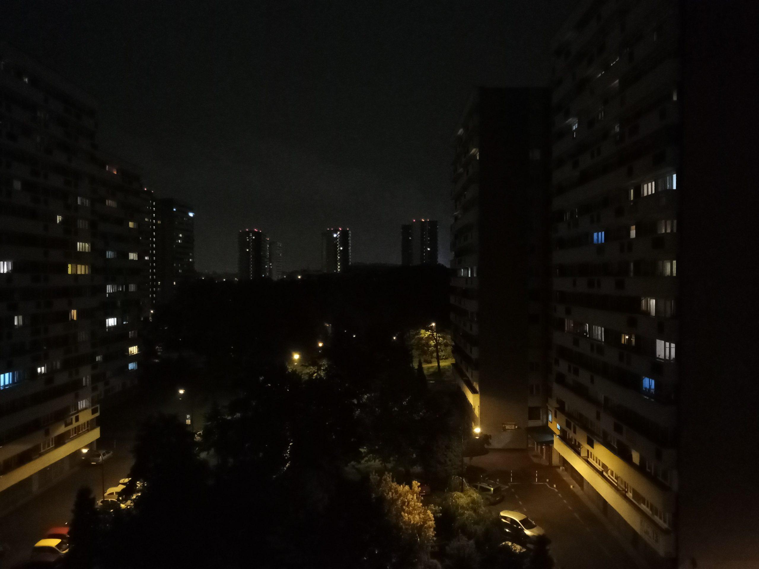 Zdjęcia nocne - Sony Xperia L4