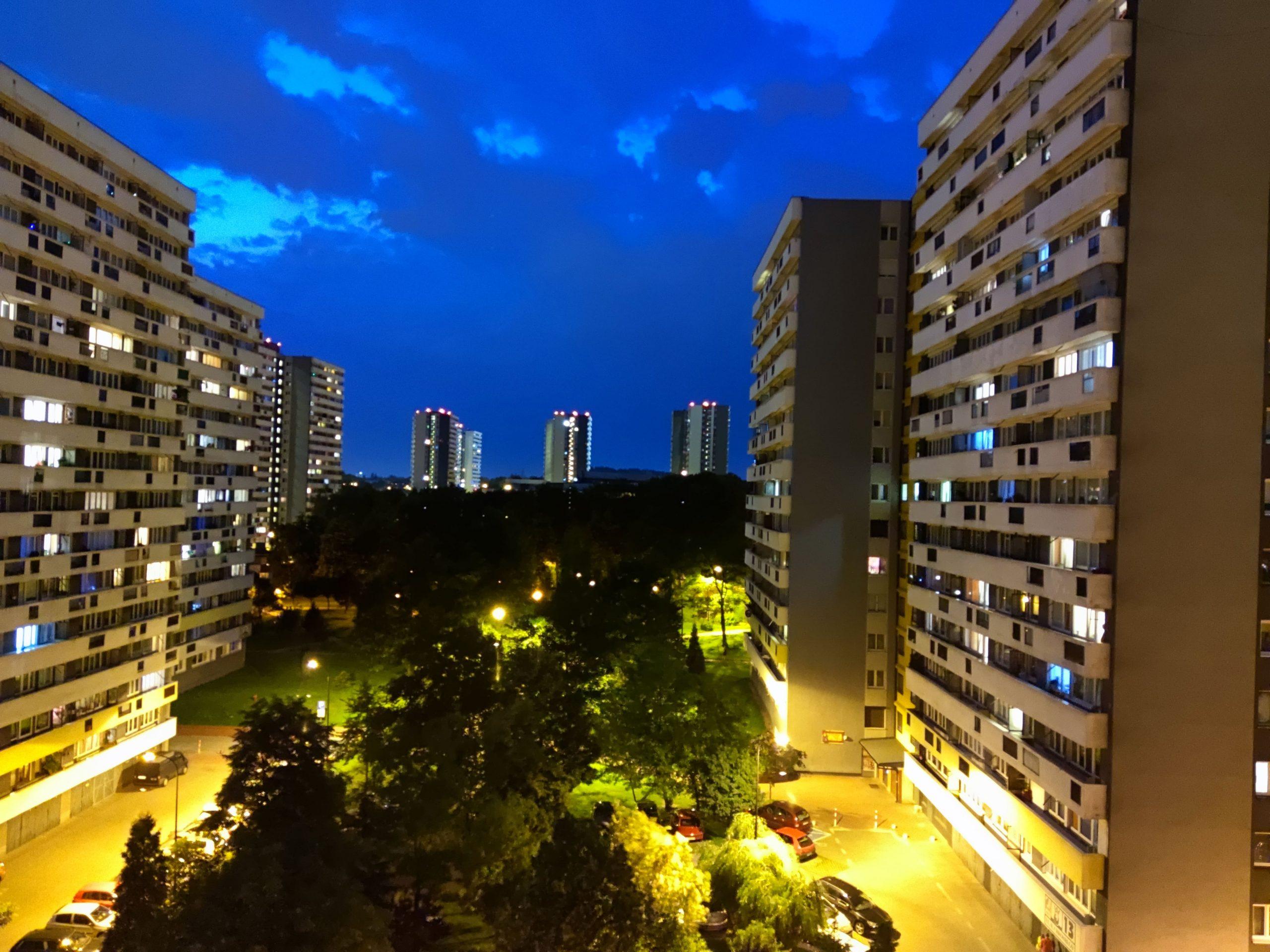 Zdjęcia nocne - Xiaomi Mi 10 Pro