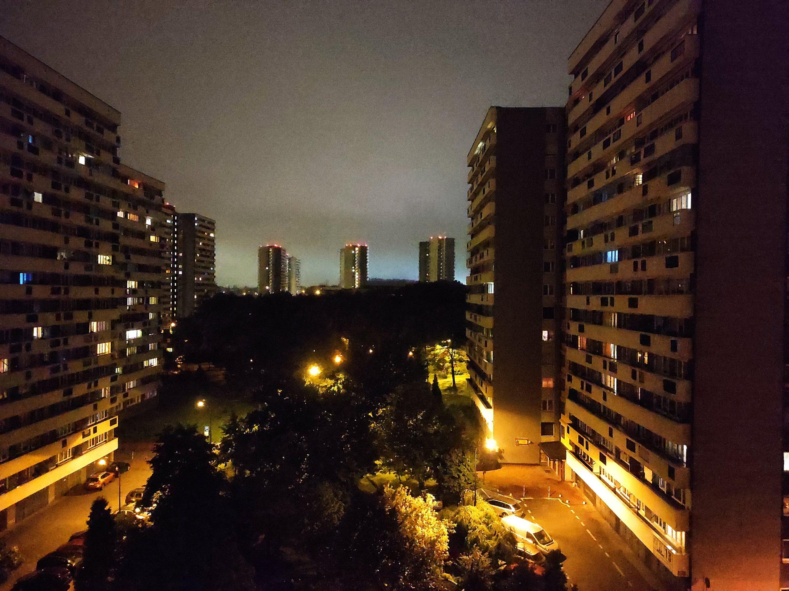 Zdjęcia nocne - Xiaomi Redmi Note 9 Pro